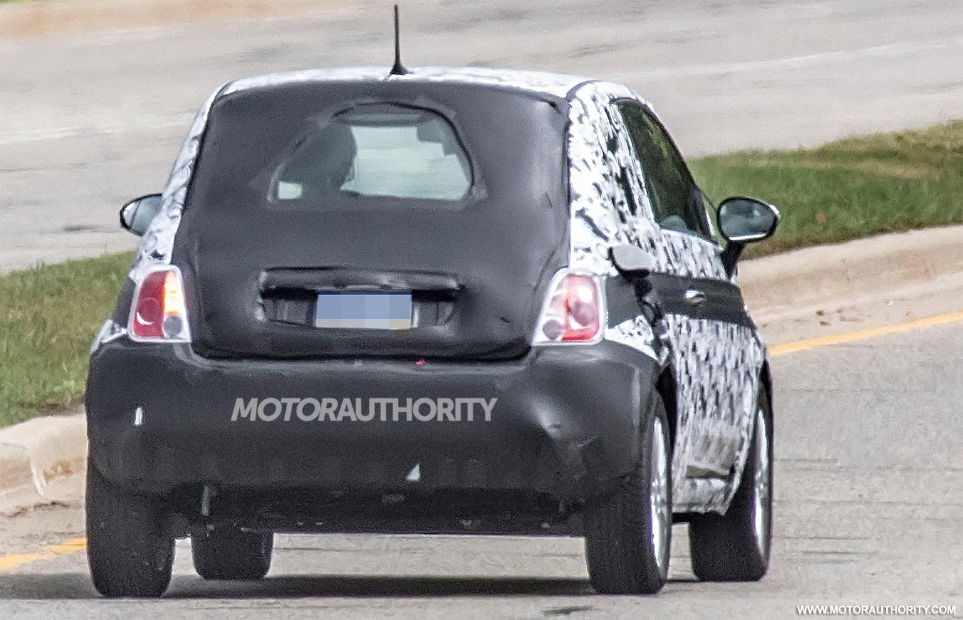 2020 - [Fiat] 500 e - Page 7 2020-fiat-500e-spy-shots--image-via-s-baldauf-sb-medien_100708608_h