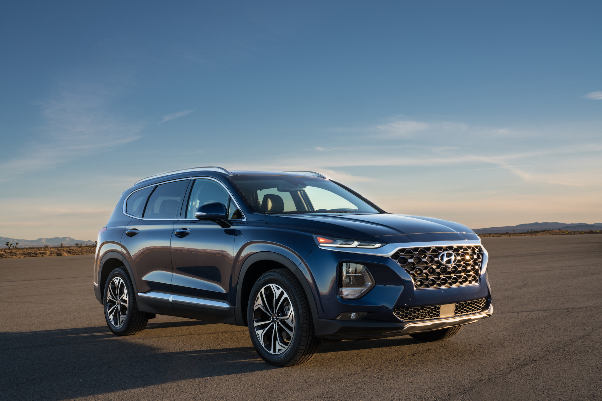 2020 Hyundai Santa Fe Review Ratings Specs Prices And Photos The Car Connection