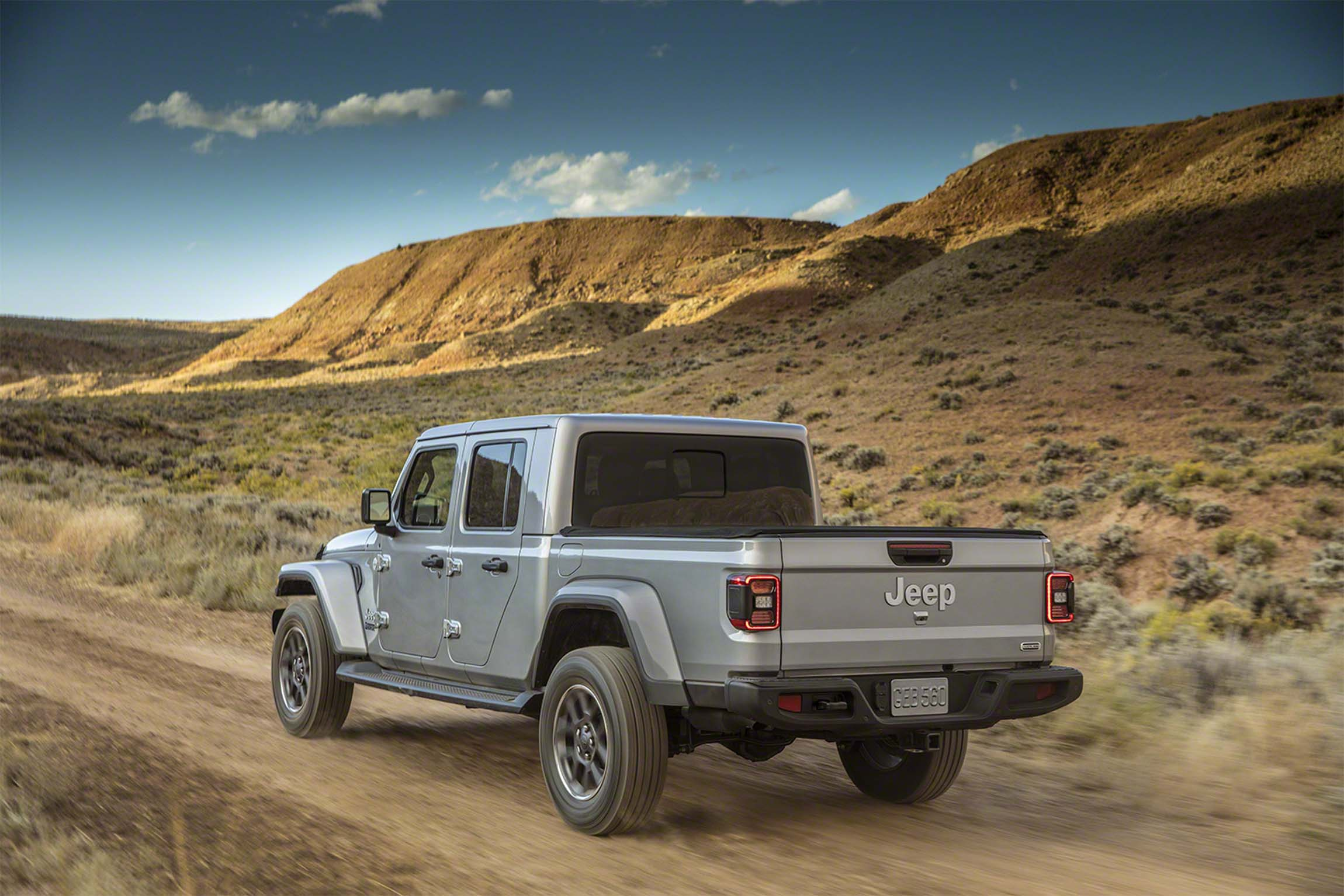 2020 Jeep Gladiator pickup priced from $35,040