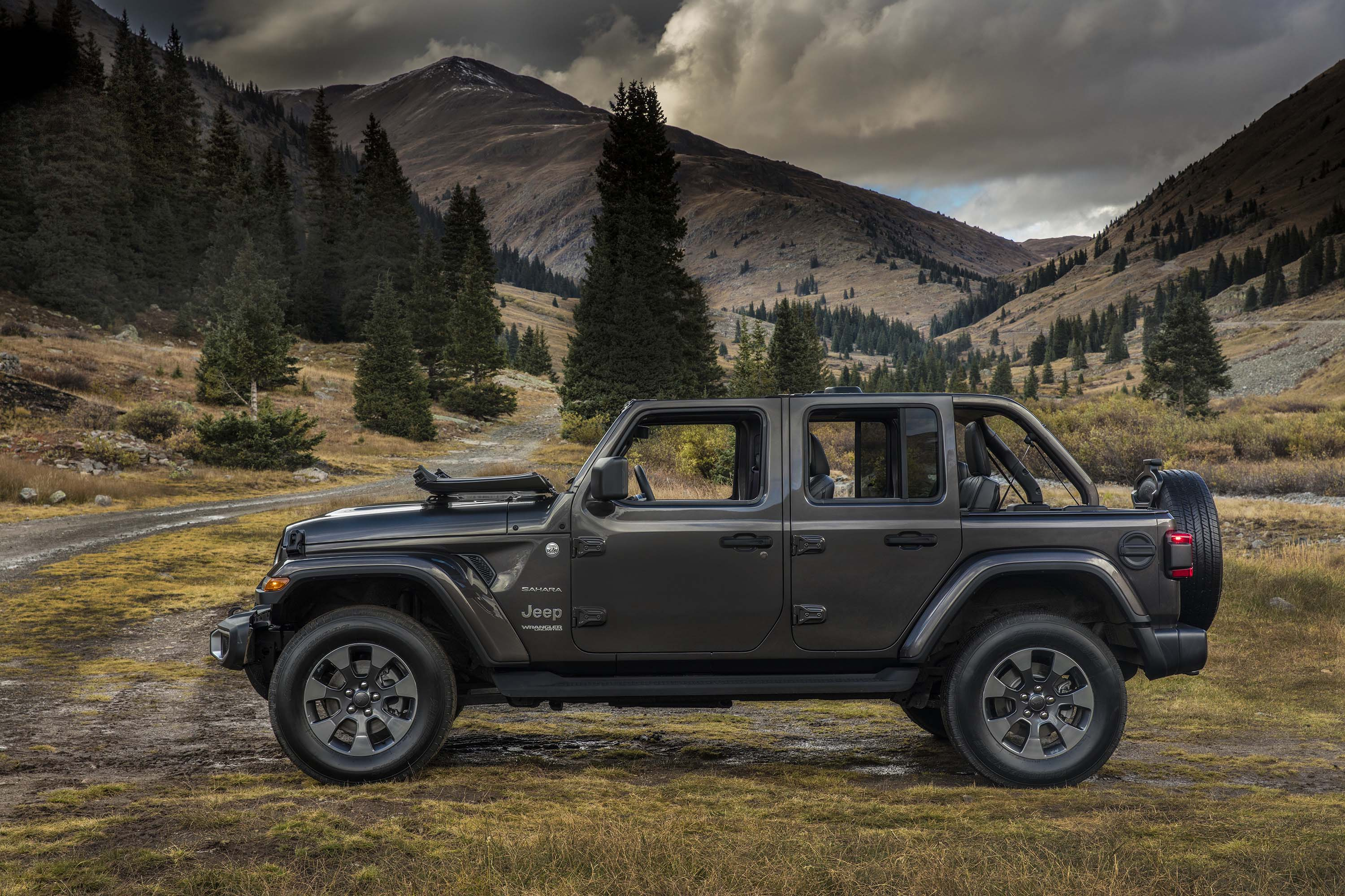 2020 Jeep Wrangler News Diesel Phev Price >> 2020 Jeep Wrangler Review Ratings Specs Prices And