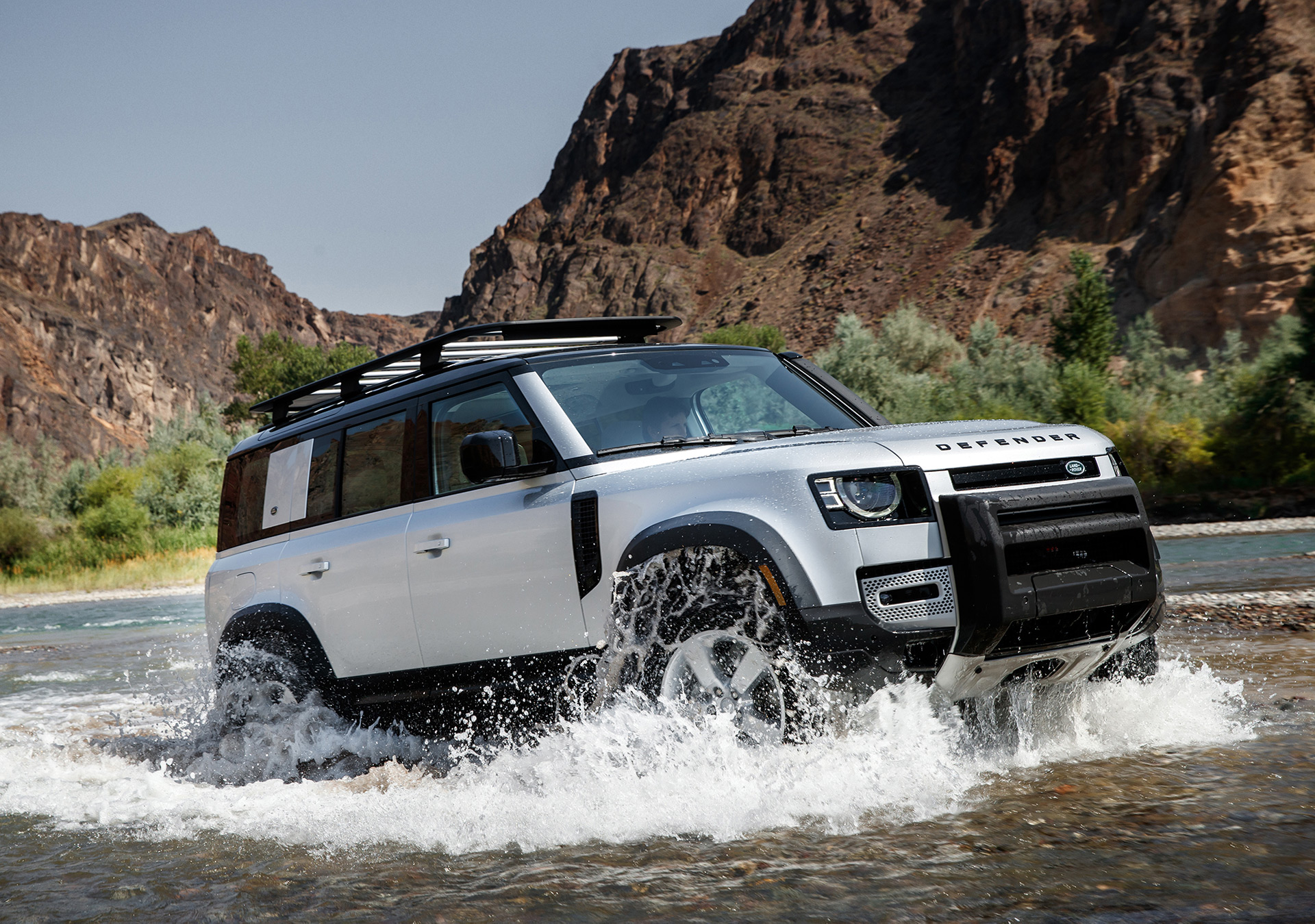 2020 Land Rover Defender New Concept