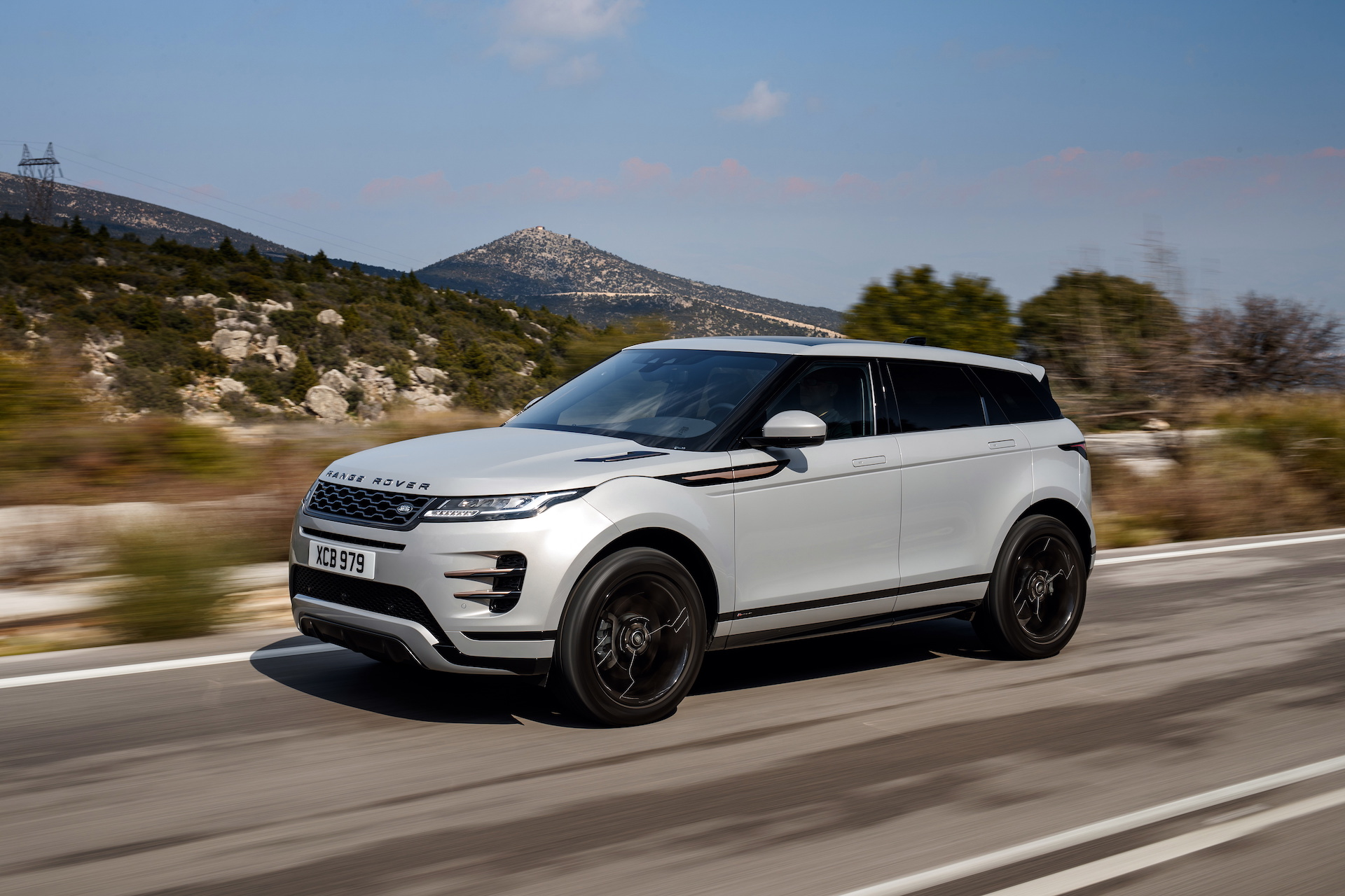 First Drive Review The 2020 Land Rover Range Rover Evoque Adds More Gray With Its Own Grecian Formula