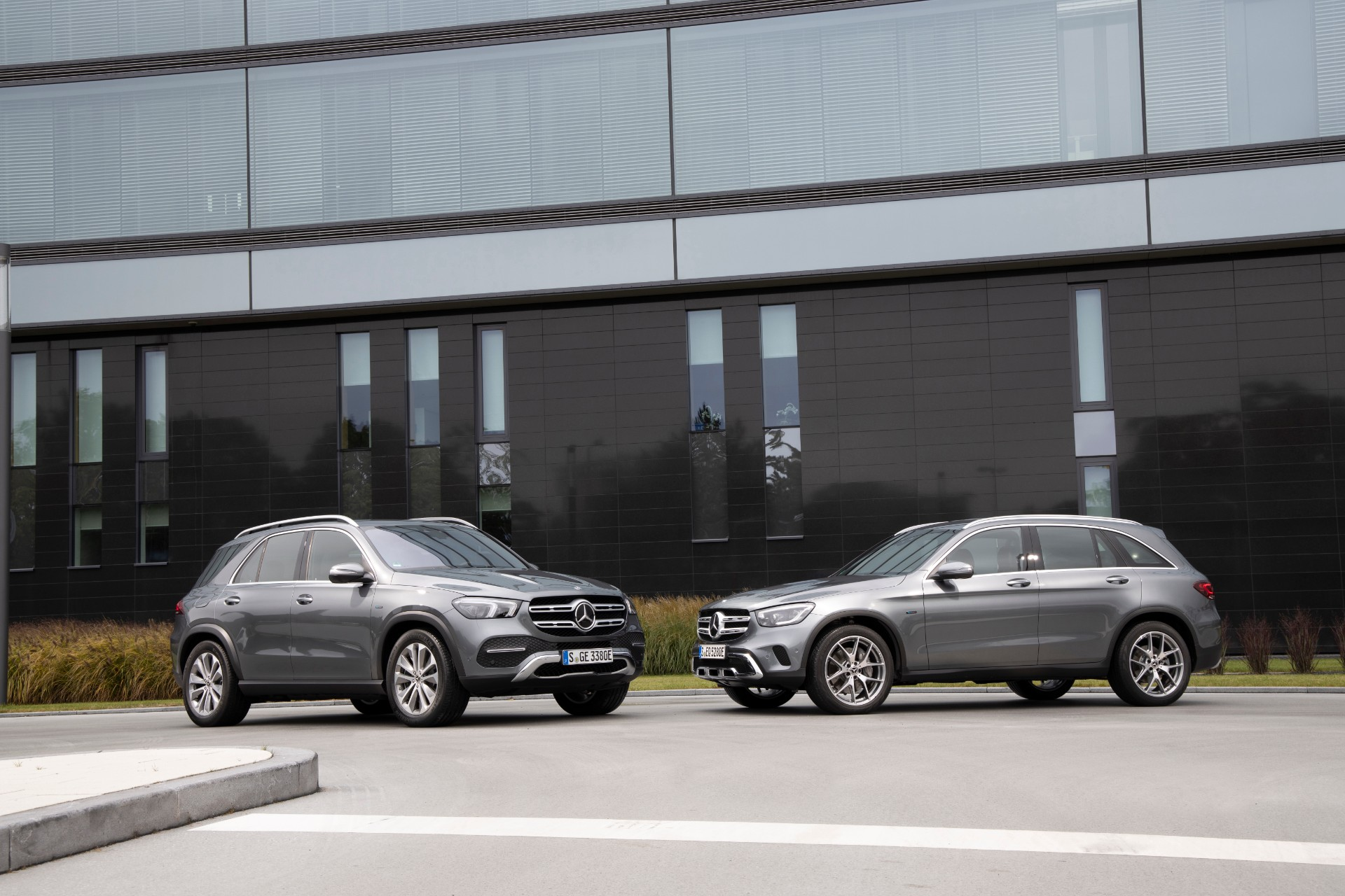 2020 Mercedes-Benz GLC350e plug-in hybrid: More electric