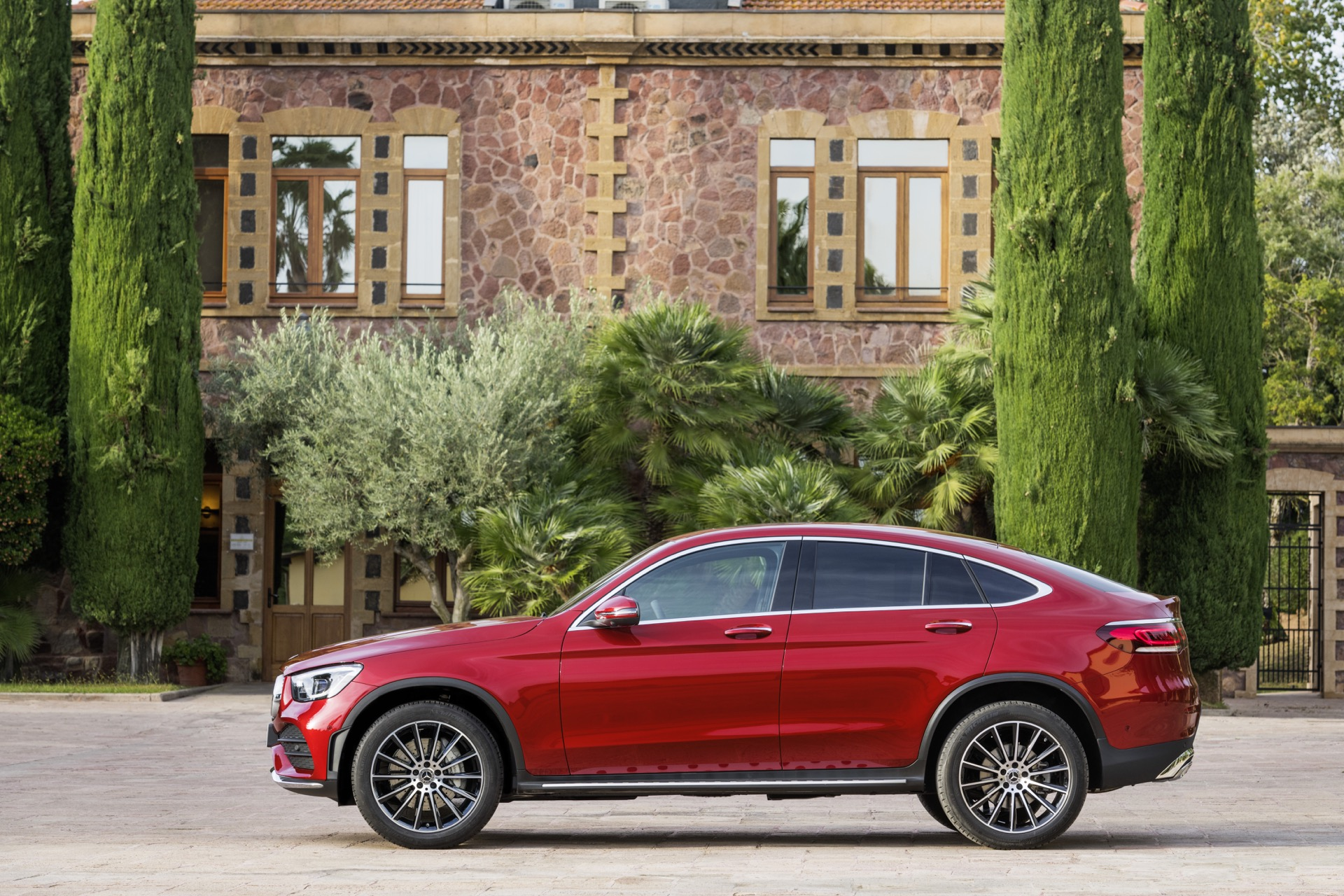 2020 Mercedes-Benz GLC Coupe Revealed Ahead Of New York