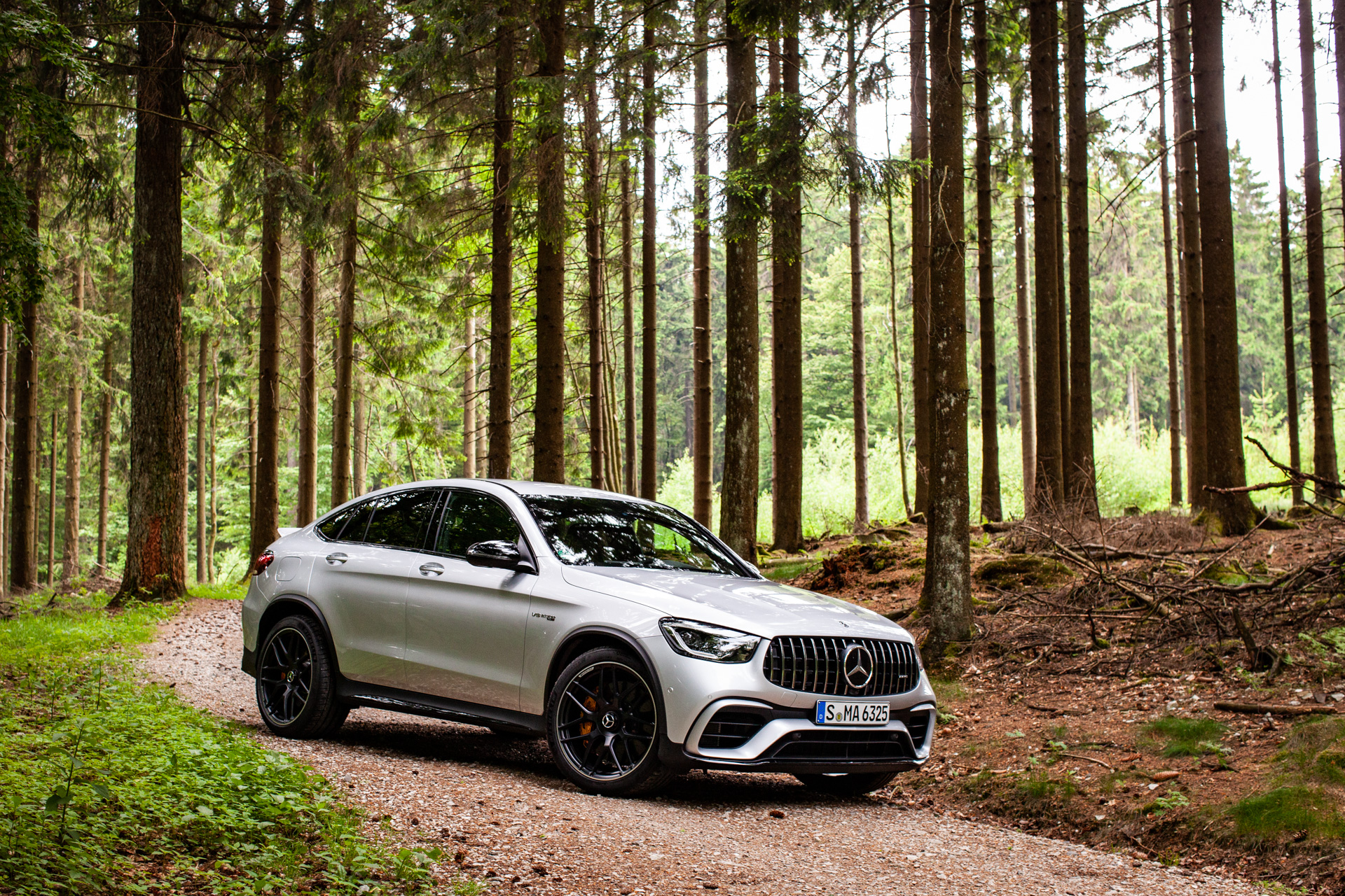 First Drive Review Keep The 2020 Mercedes Amg Glc 63 S Out Of My