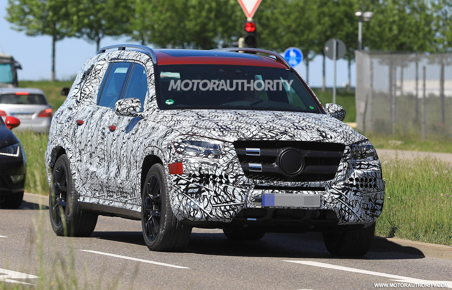 Benz Gls 2019 >> 2020 Mercedes-Benz GLS spy shots and video