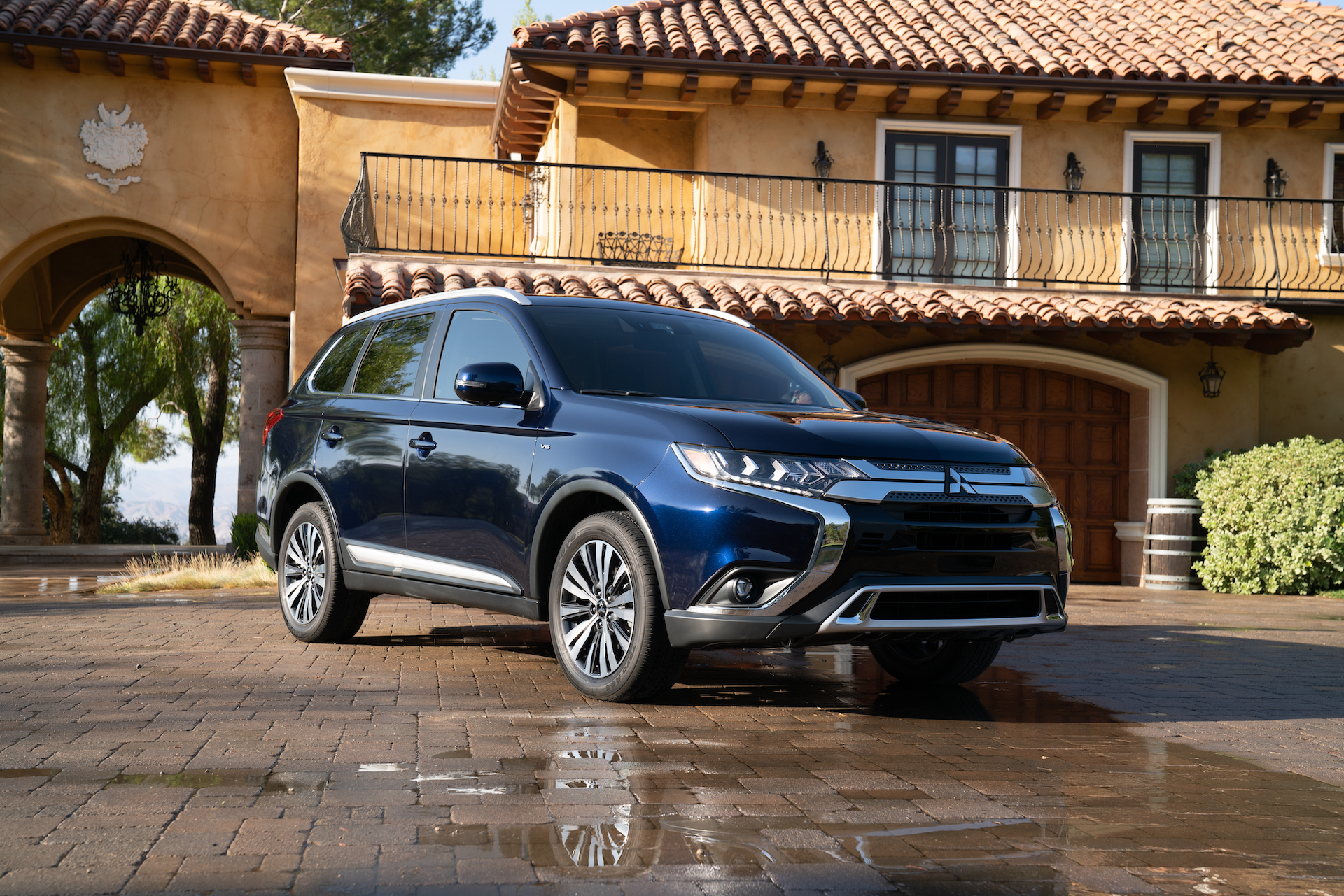 2020 Mitsubishi Outlander Review Ratings Specs Prices