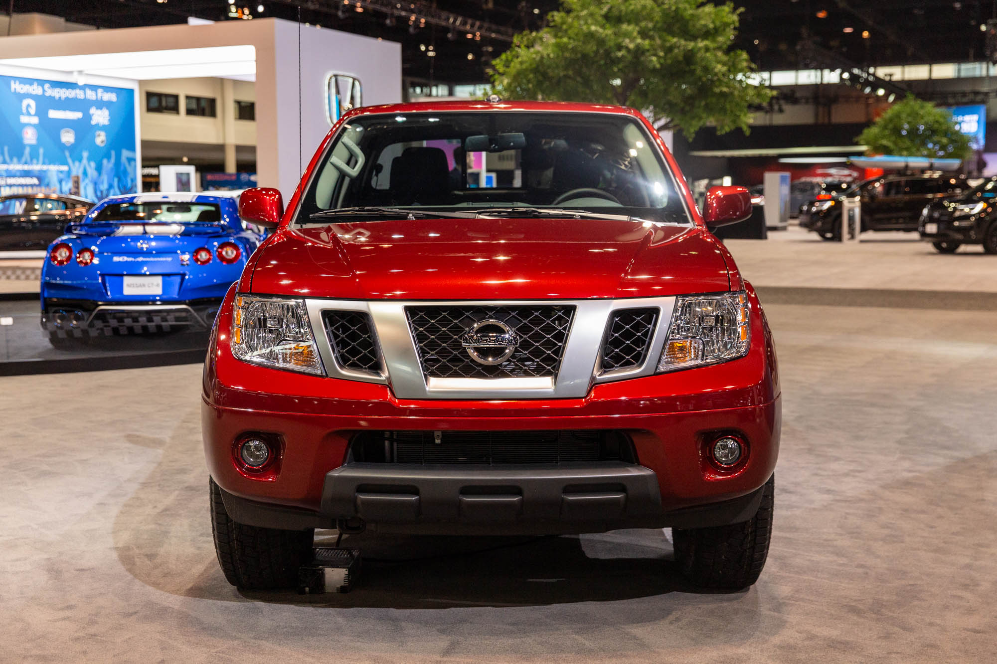 New heart, old body: 2020 Nissan Frontier bows for short model year with new 3.8-liter V-6, 9-speed automatic