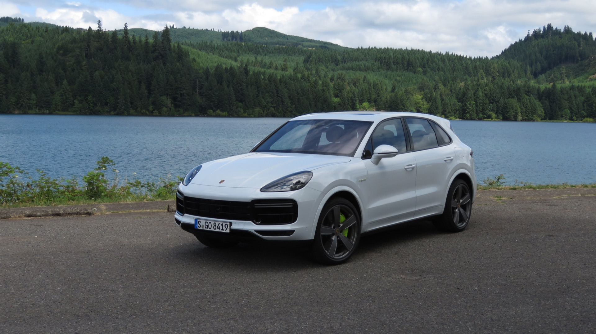 Preview drive: 2020 Porsche Cayenne Turbo S E-Hybrid is a ...
