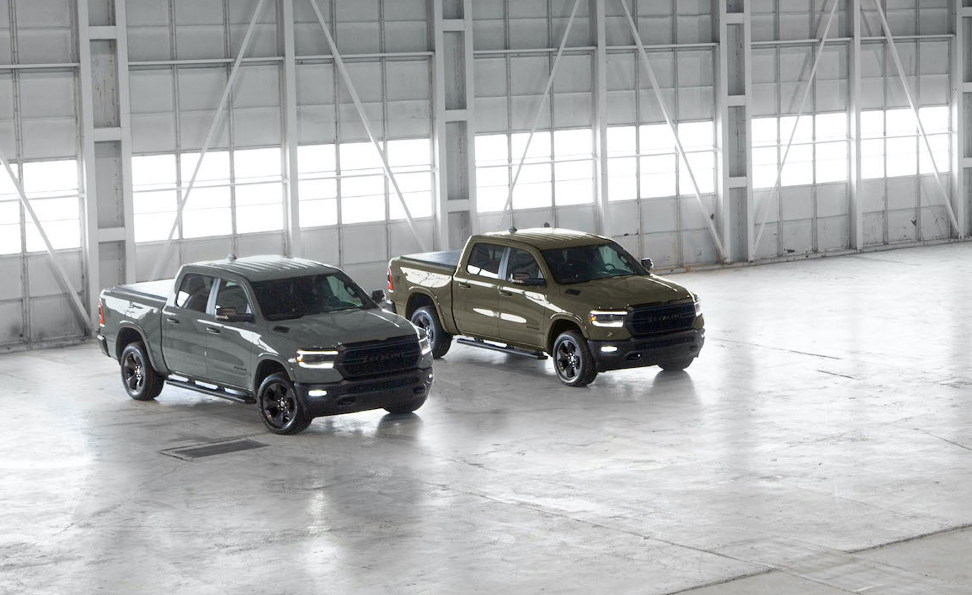 2007 - [Dodge] Ram - Page 5 2020-ram-1500-built-to-serve-edition_100749058_h