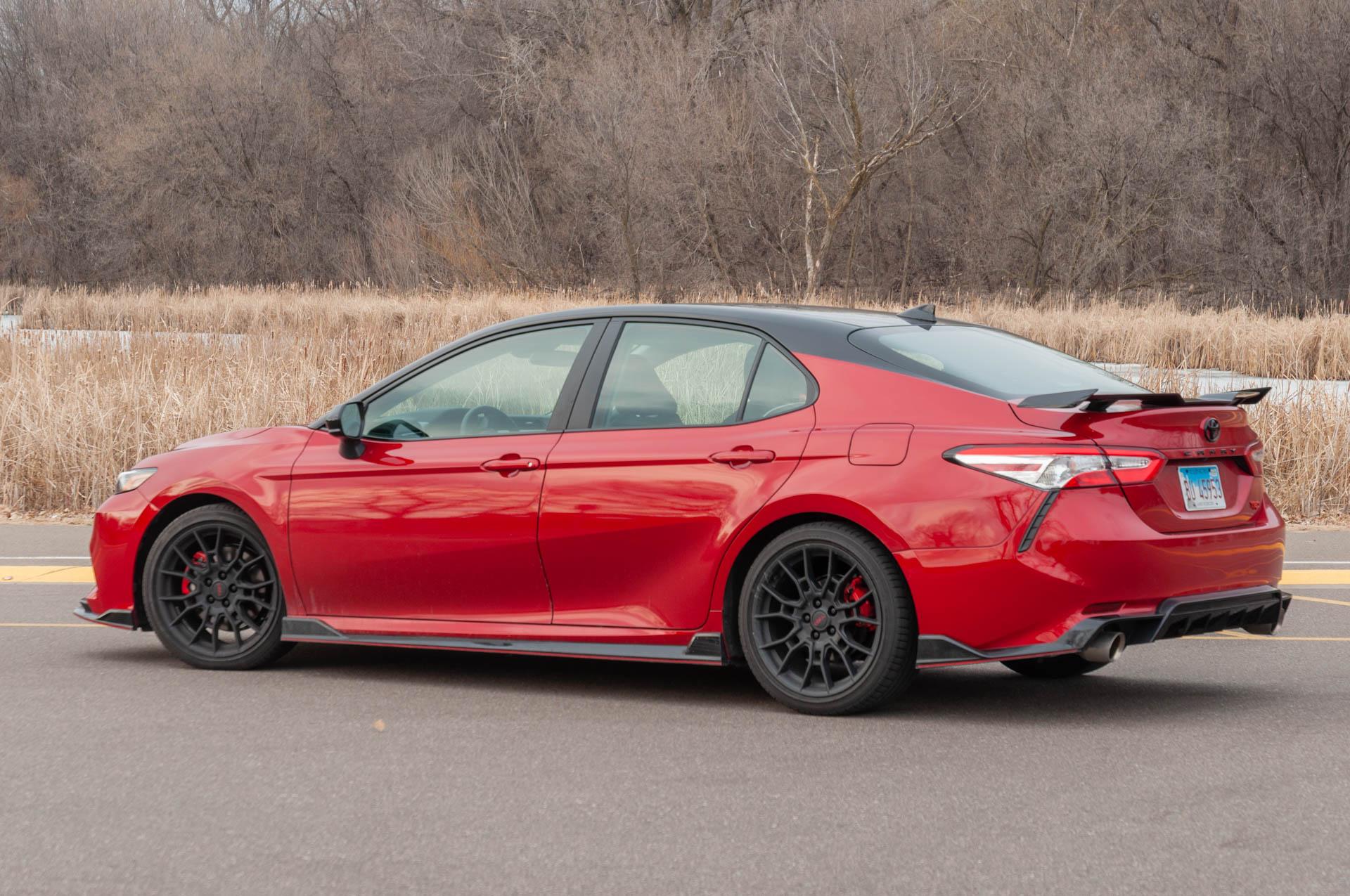 Kekurangan Toyota Bmw Harga
