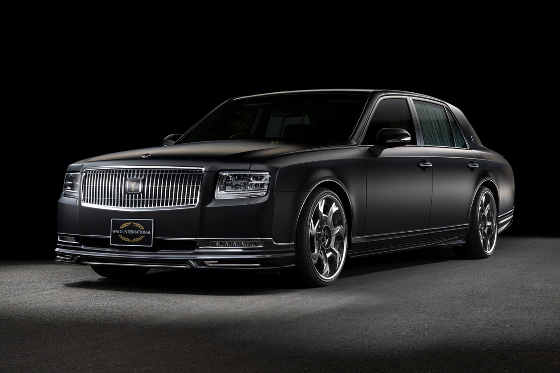 Toyota Century By Wald Is A Boss Luxury Cruiser From Japan