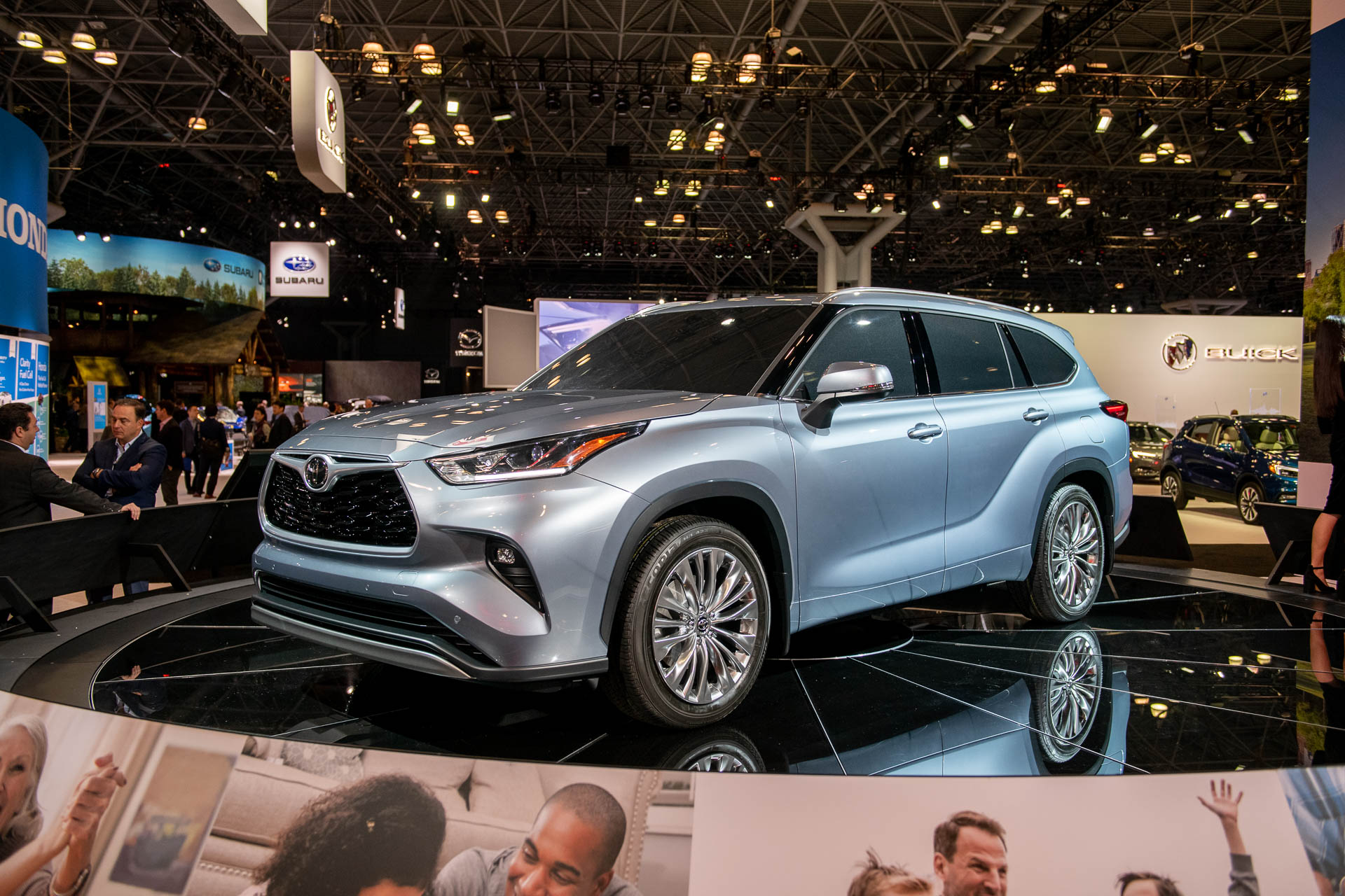2020 Toyota Highlander Unveiled Crossover Suv Juices Up With Thrifty 34 Mpg Hybrid