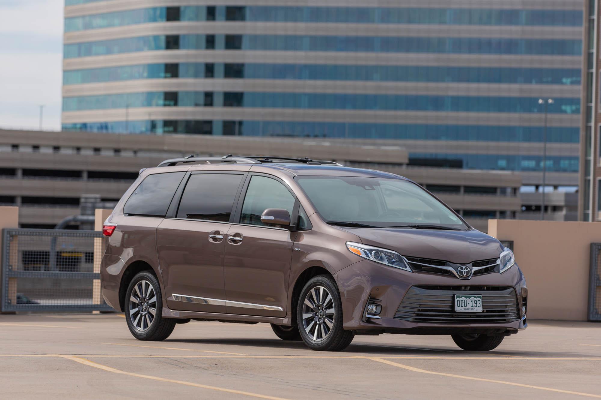 Kelebihan Kekurangan Toyota Premium Harga