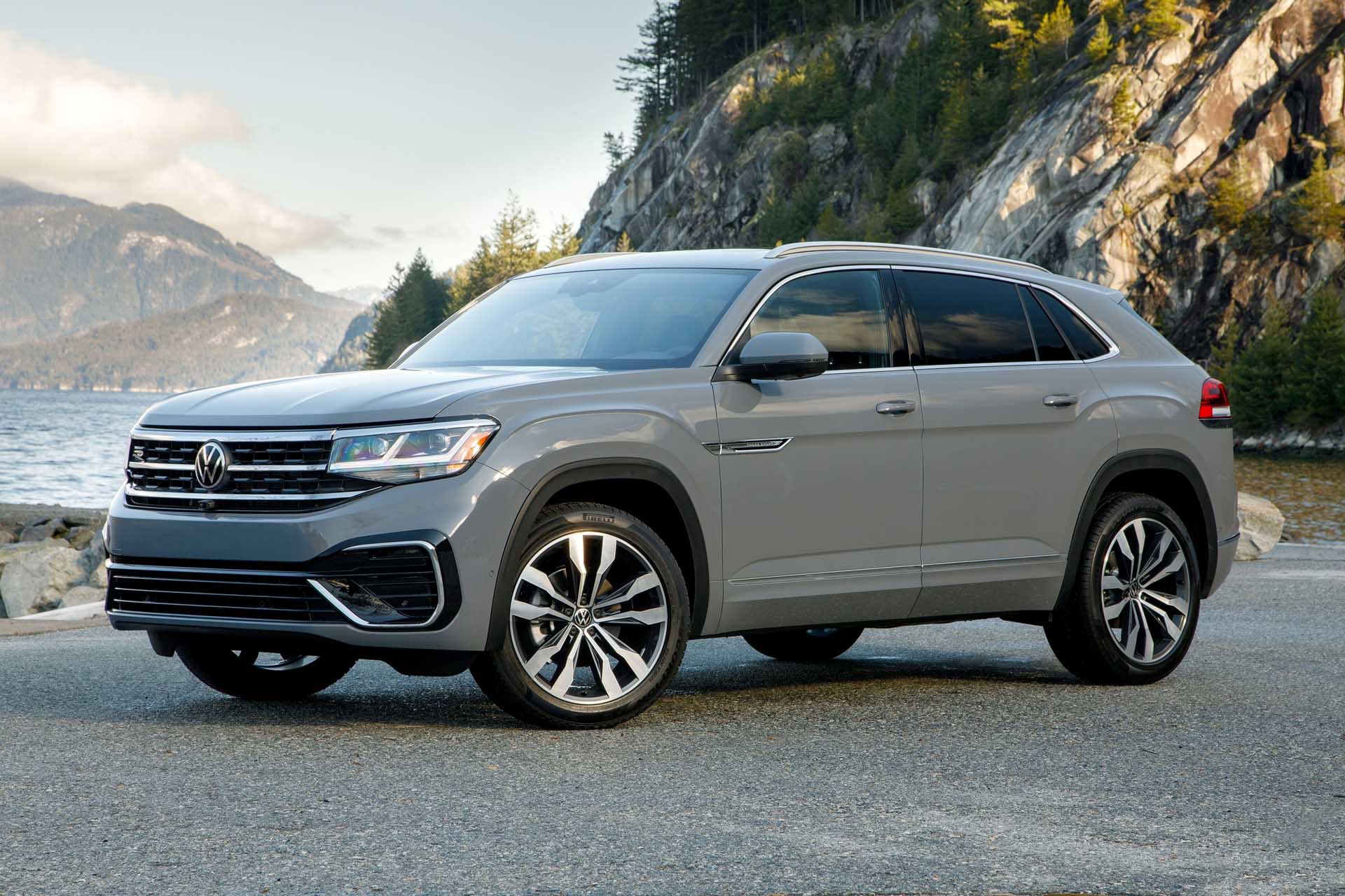 First drive: 2020 VW Atlas Cross Sport crossover hits the middle in a ...