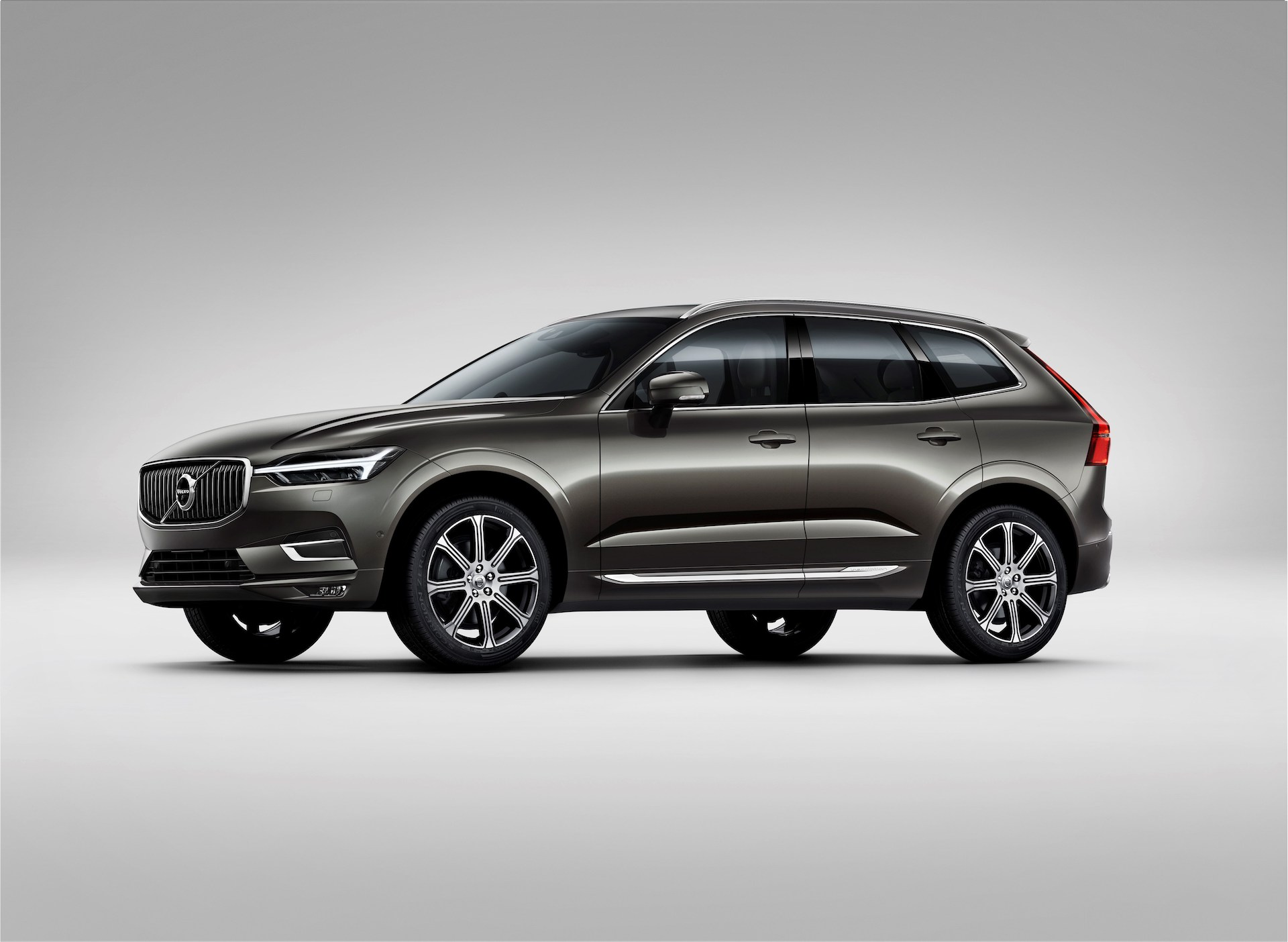 2020 Volvo Xc60 Review Ratings Specs Prices And Photos The Car Connection