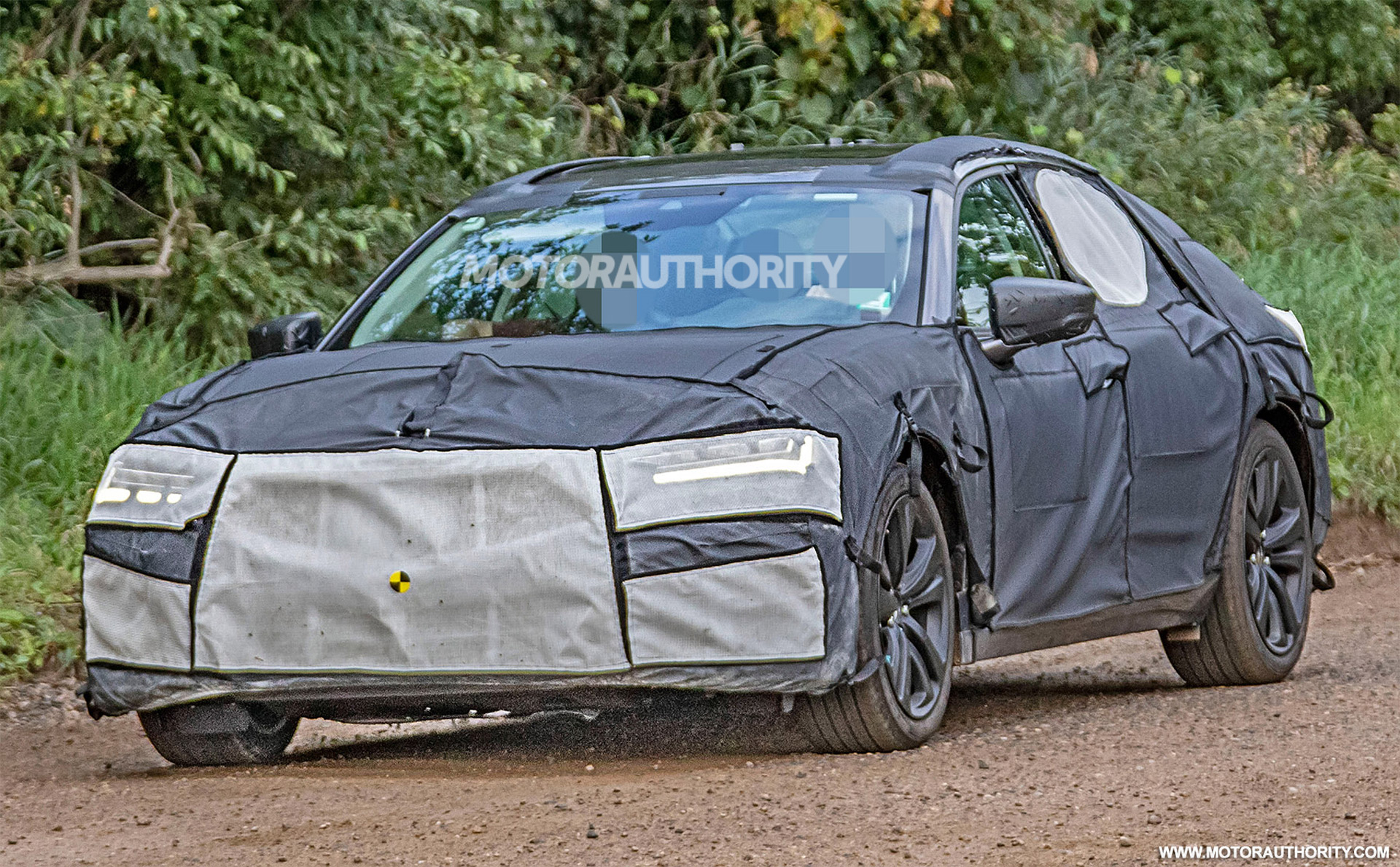 2019 BMW 8-Series, 2021 Acura TLX Type S, Porsche Taycan: The Week In Reverse