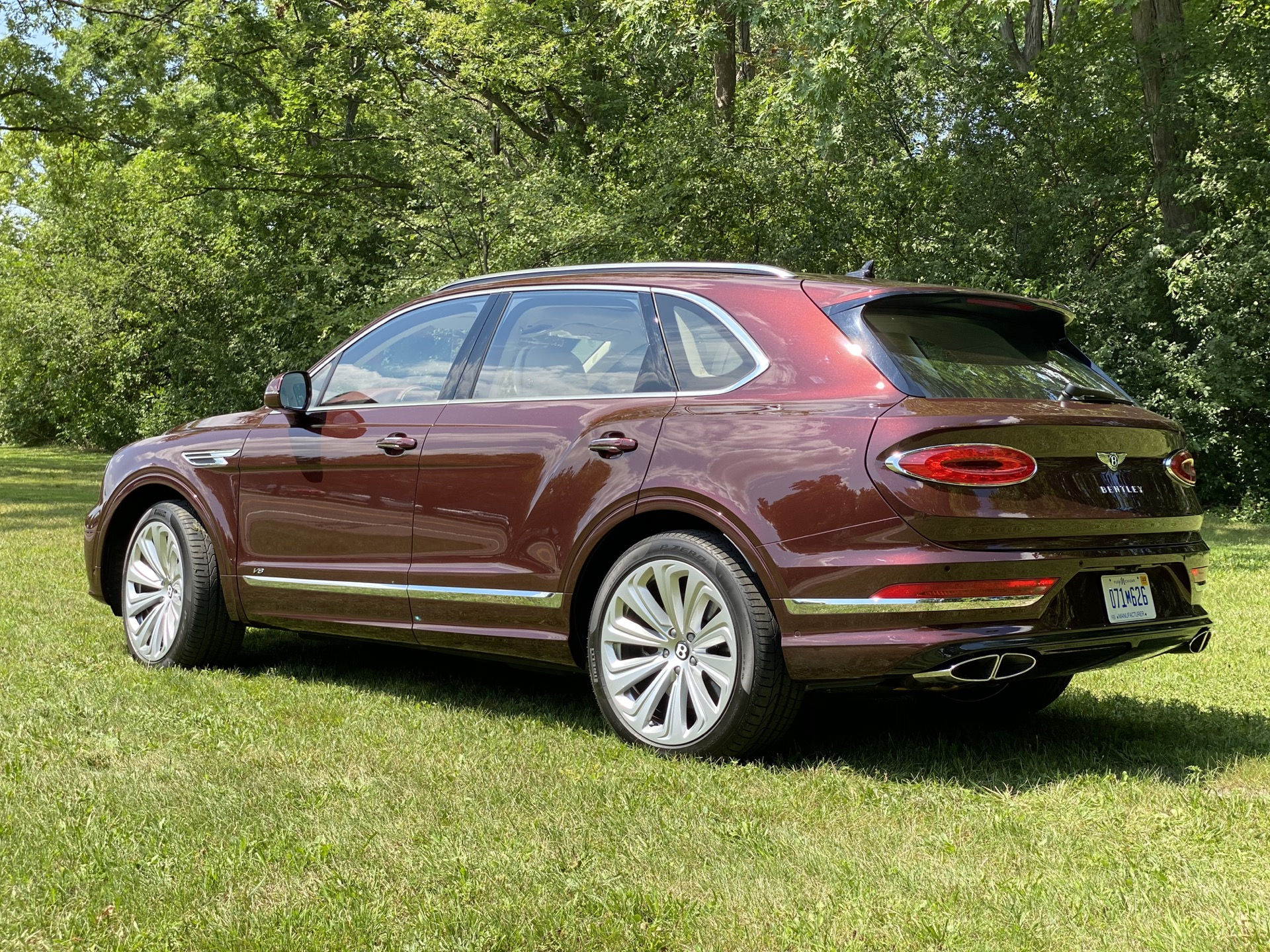 2015 - [Bentley] Bentayga - Page 16 2021-bentley-bentayga_100755815_h