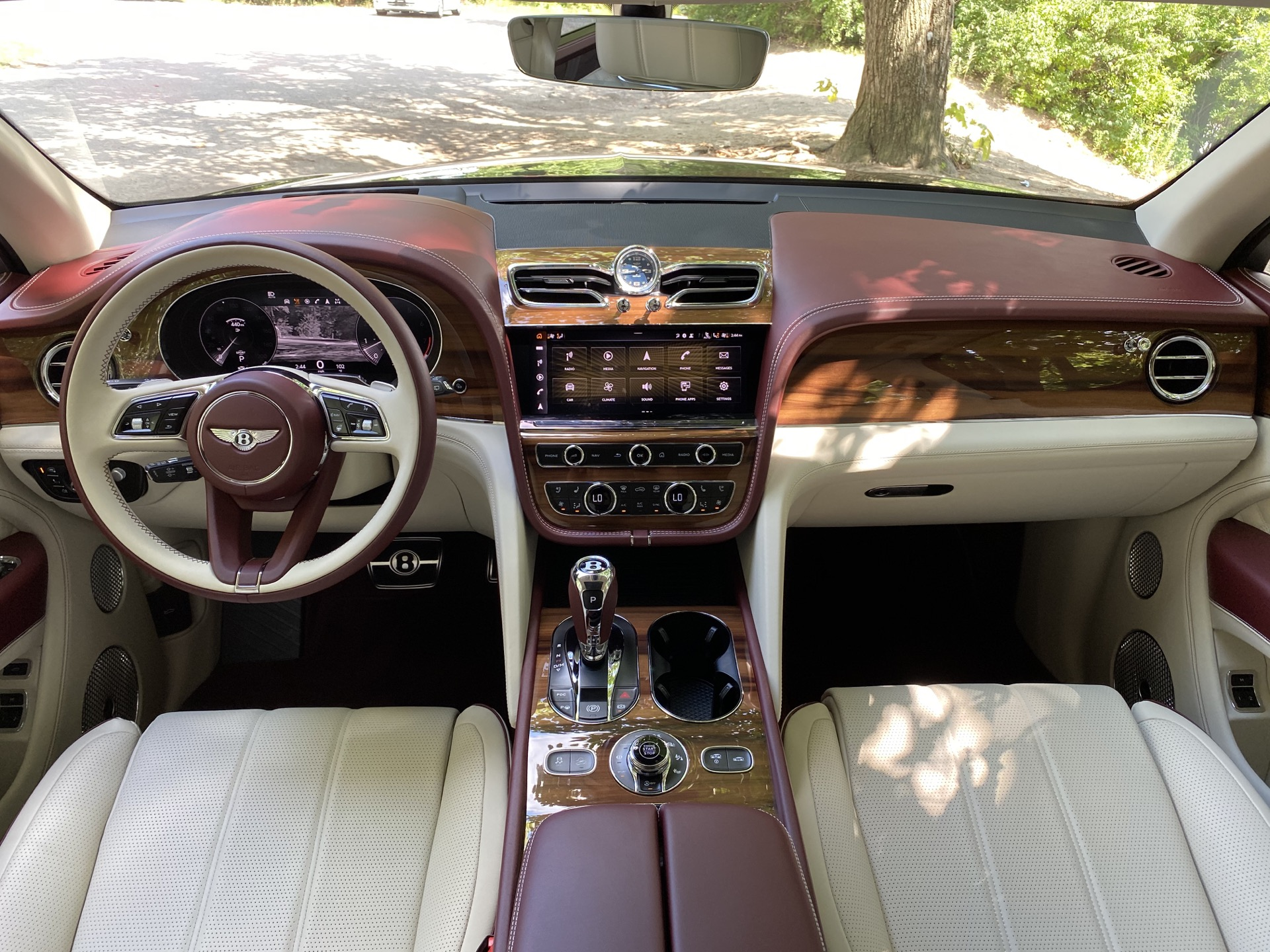 2015 - [Bentley] Bentayga - Page 16 2021-bentley-bentayga_100755828_h