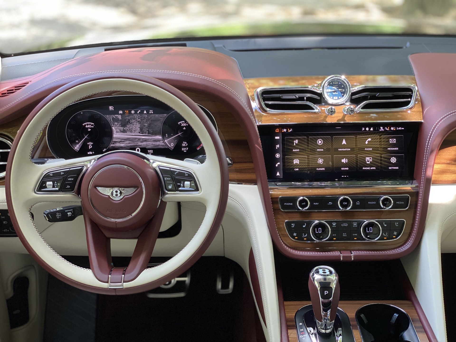 2015 - [Bentley] Bentayga - Page 16 2021-bentley-bentayga_100755829_h