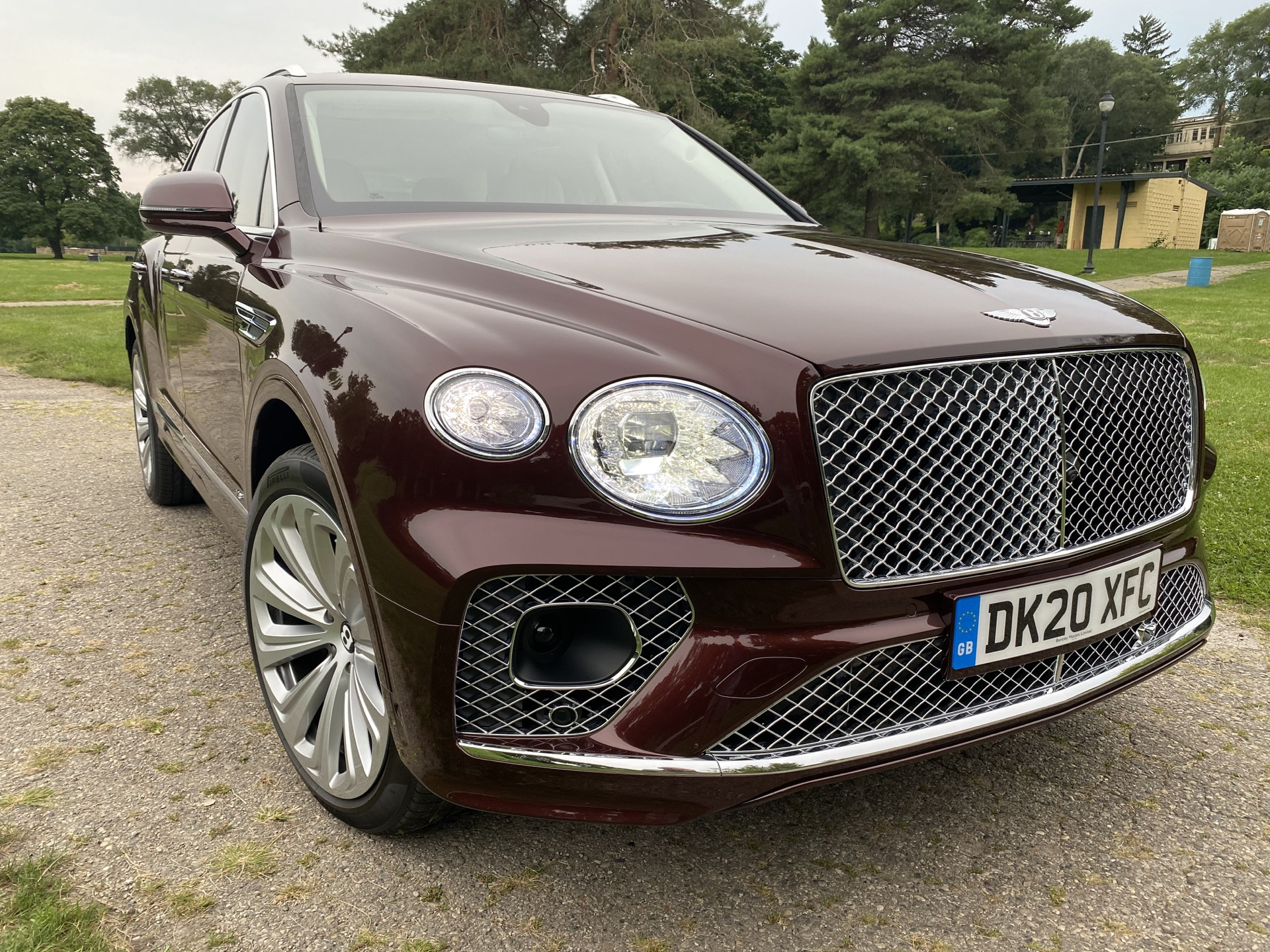 2015 - [Bentley] Bentayga - Page 16 2021-bentley-bentayga_100755833_h