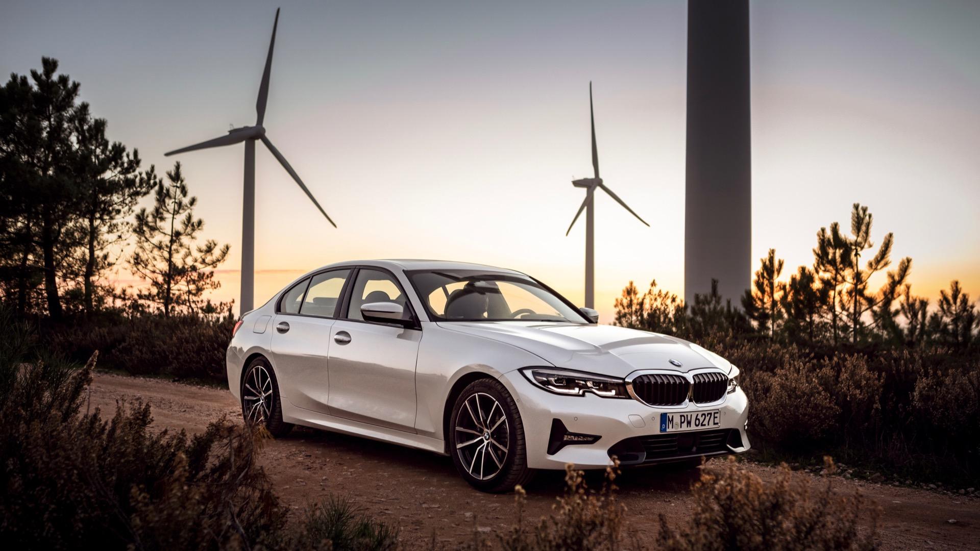2021 BMW 3-Series plug-in hybrid gets more electric range ...