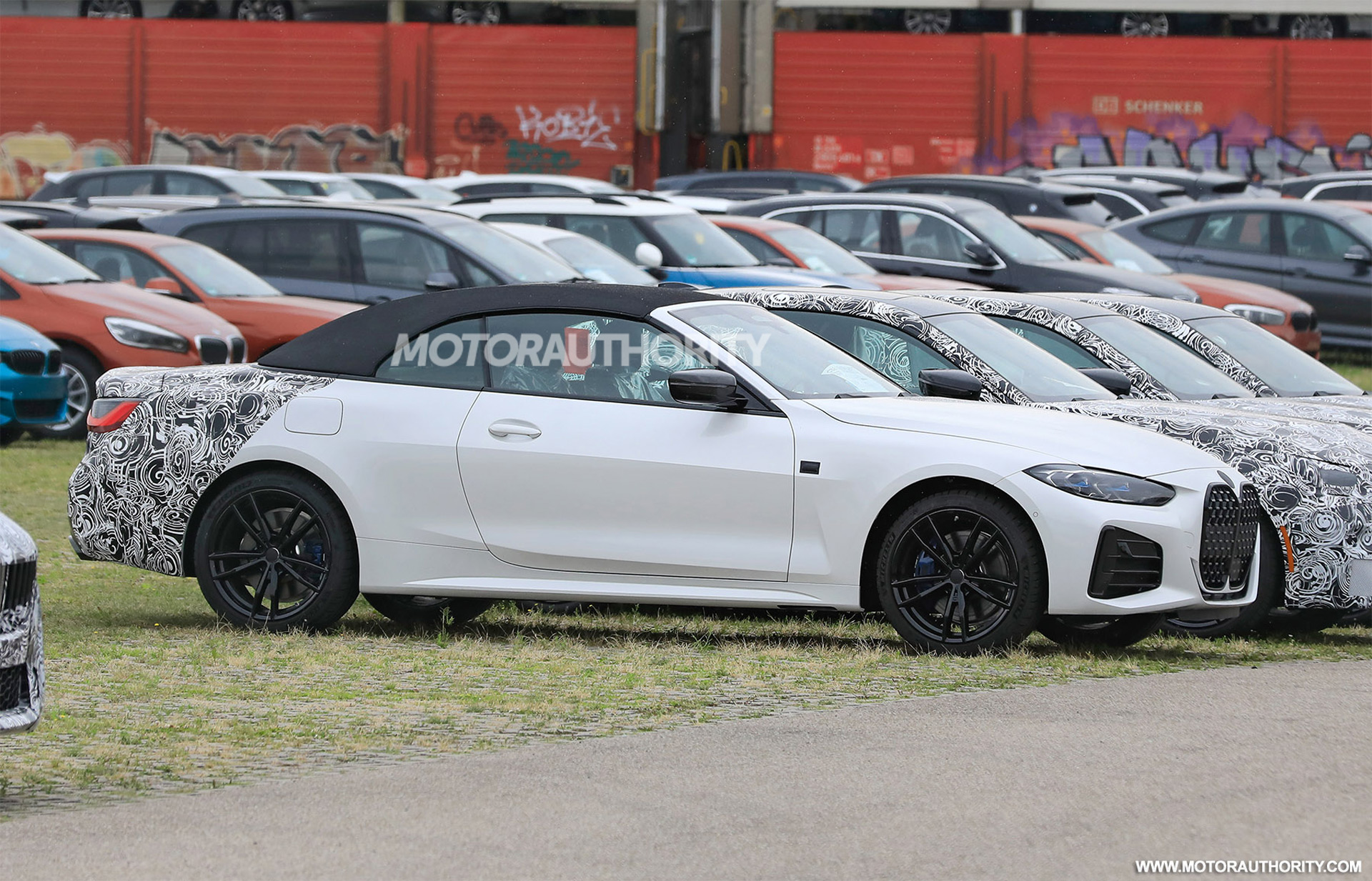 2021 BMW 4-Series Convertible spy shots and video