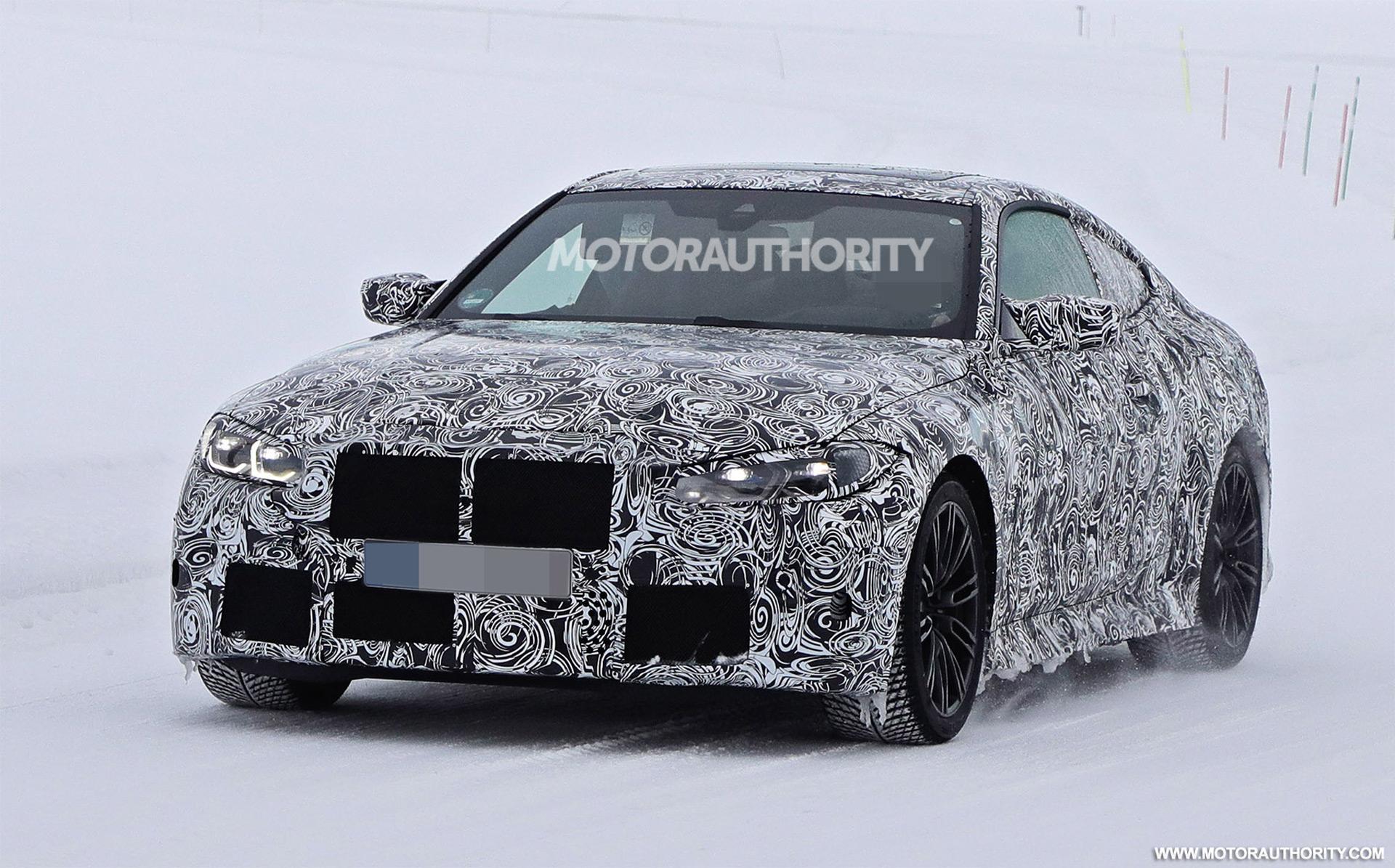 2021 BMW M4 spy shots