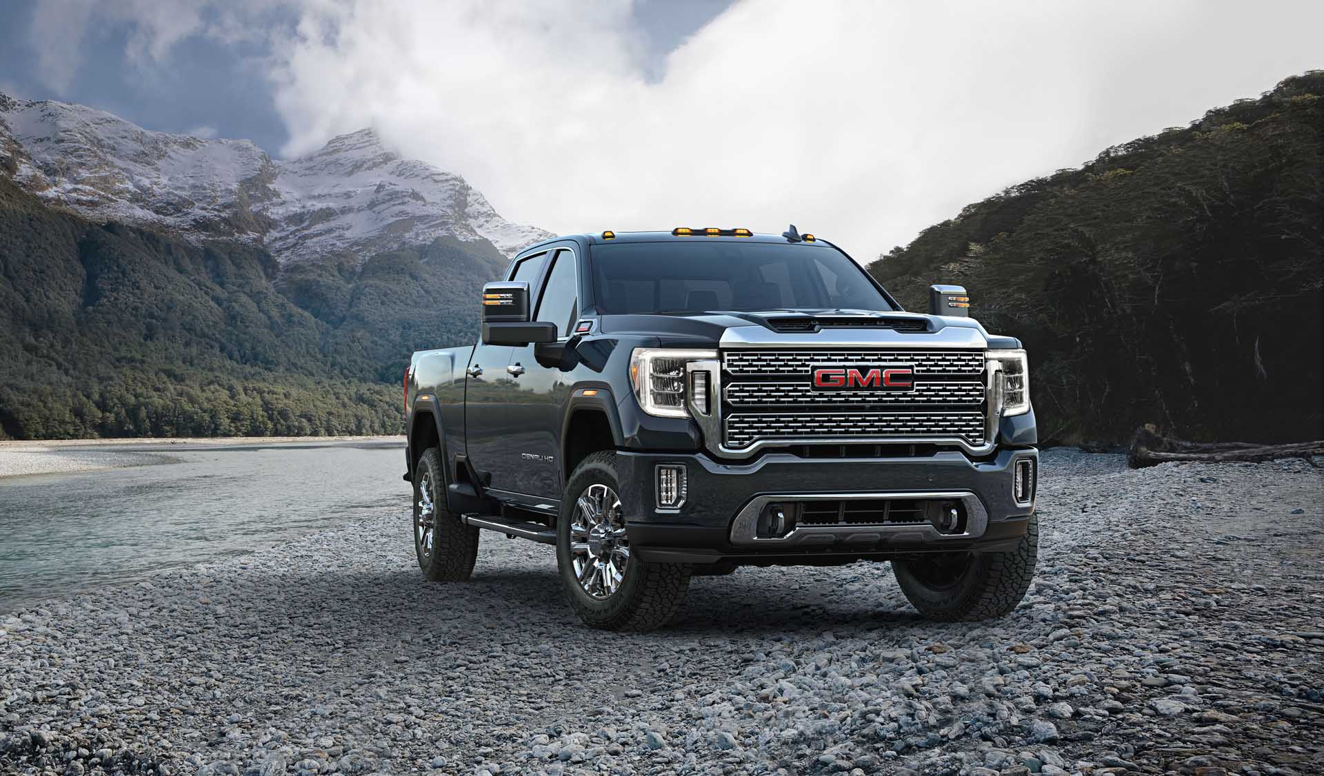 Gmc Drops Price On 2021 Sierra Pickup Turbodiesel Adds Trailering Features