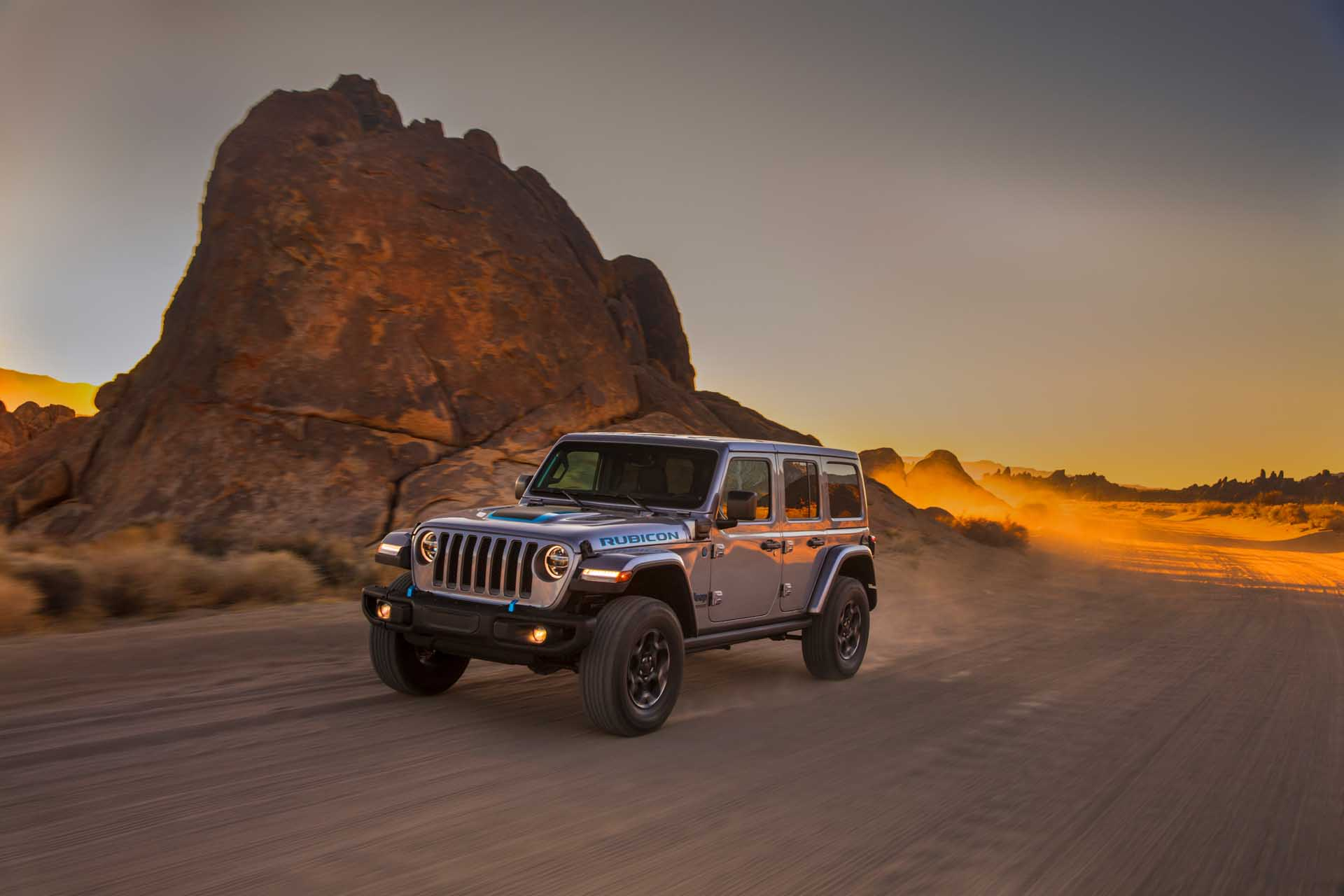 For Wrangler 4xe, Jeep plans to build solar-powered chargers on off-road trails