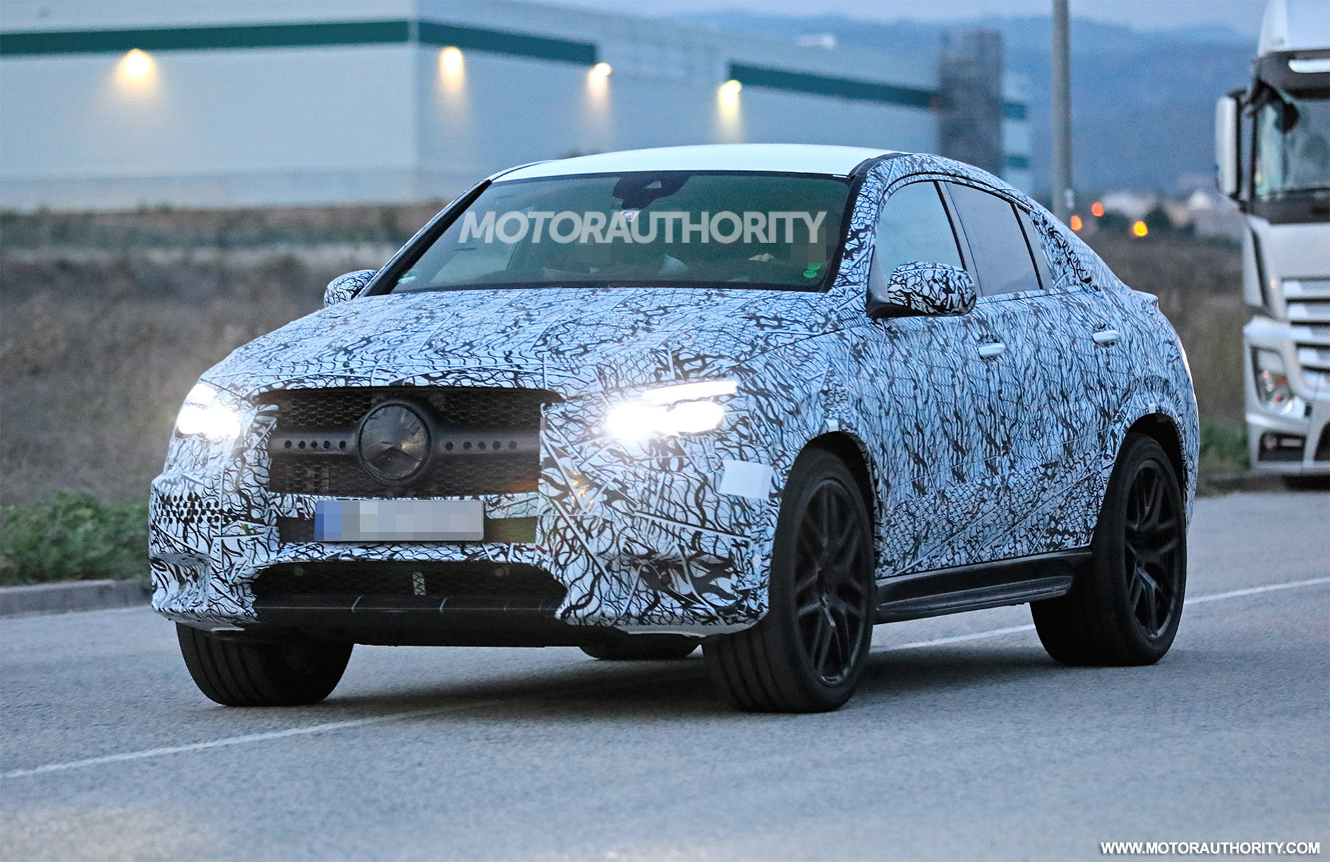 2021 Mercedes-AMG GLE 53 Release Date And Specs >> 2021 Mercedes Amg Gle53 Coupe Spy Shots And Video