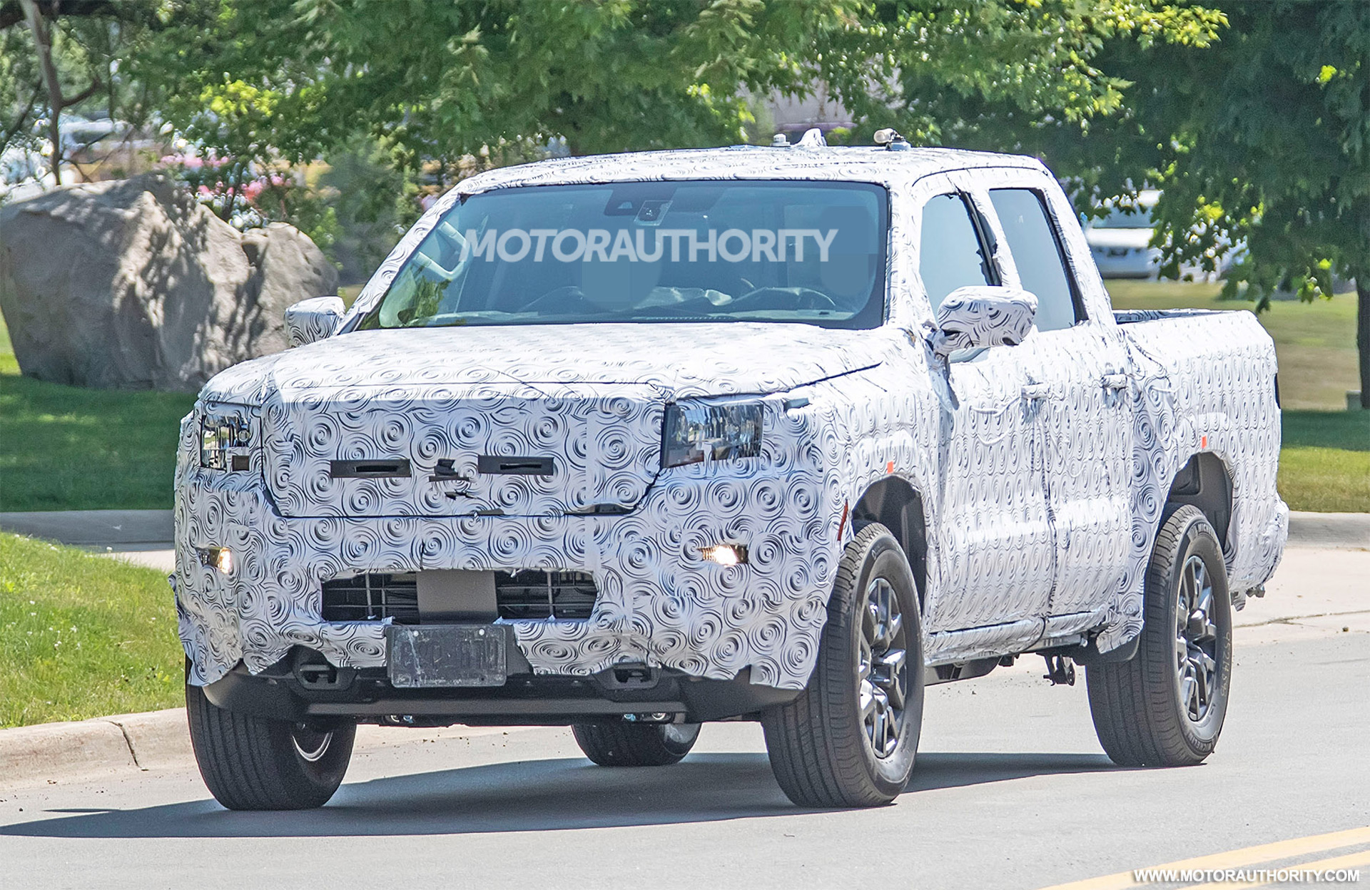 2022 Nissan Frontier spy shots: Long overdue redesign coming soon