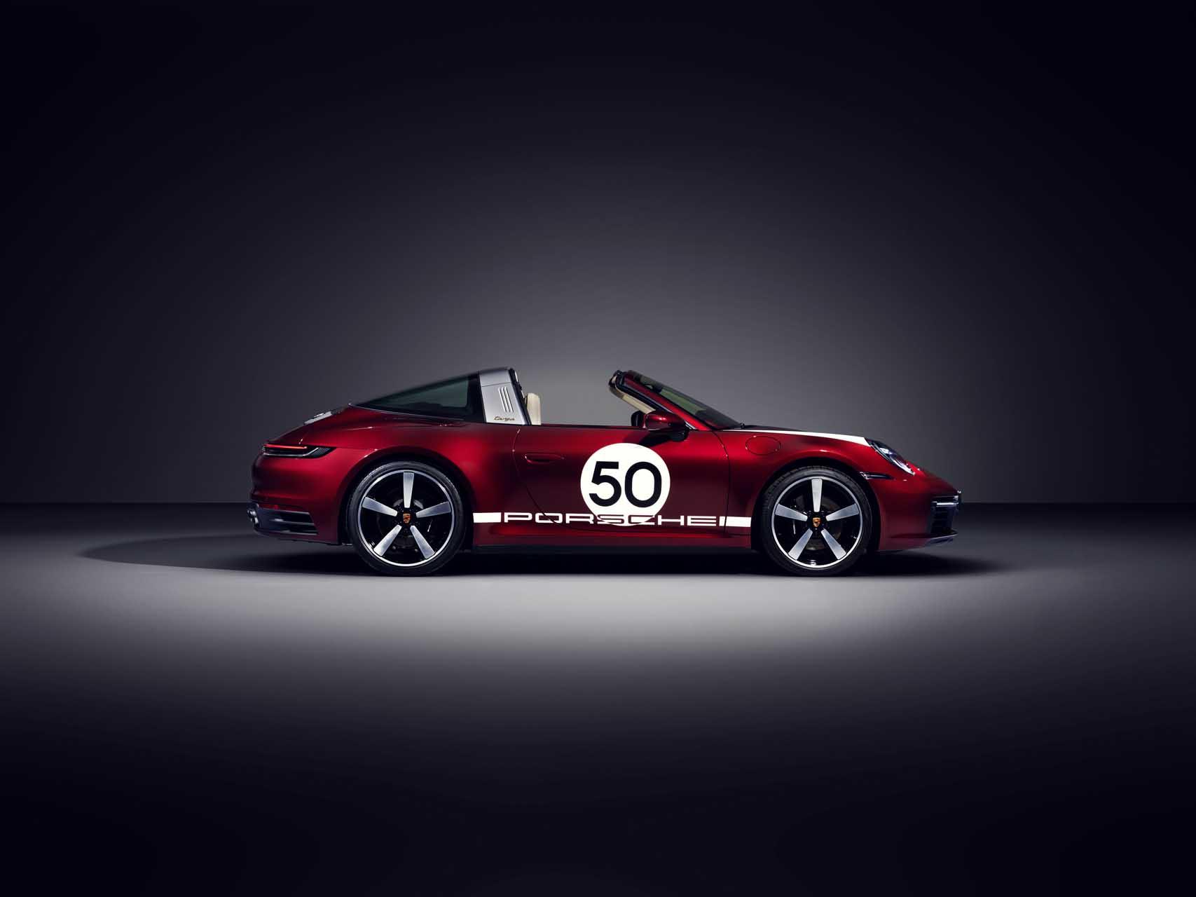 2021 Porsche 911 Targa 4s Heritage Design Has Throwback Looks Extremely Modern Price