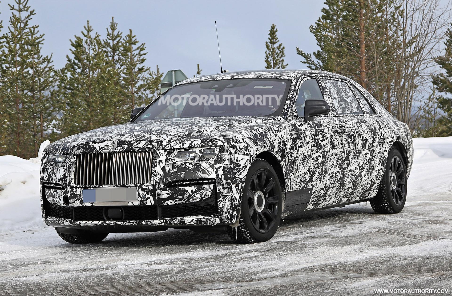 2021 Rolls Royce Ghost Extended Wheelbase Spy Shots