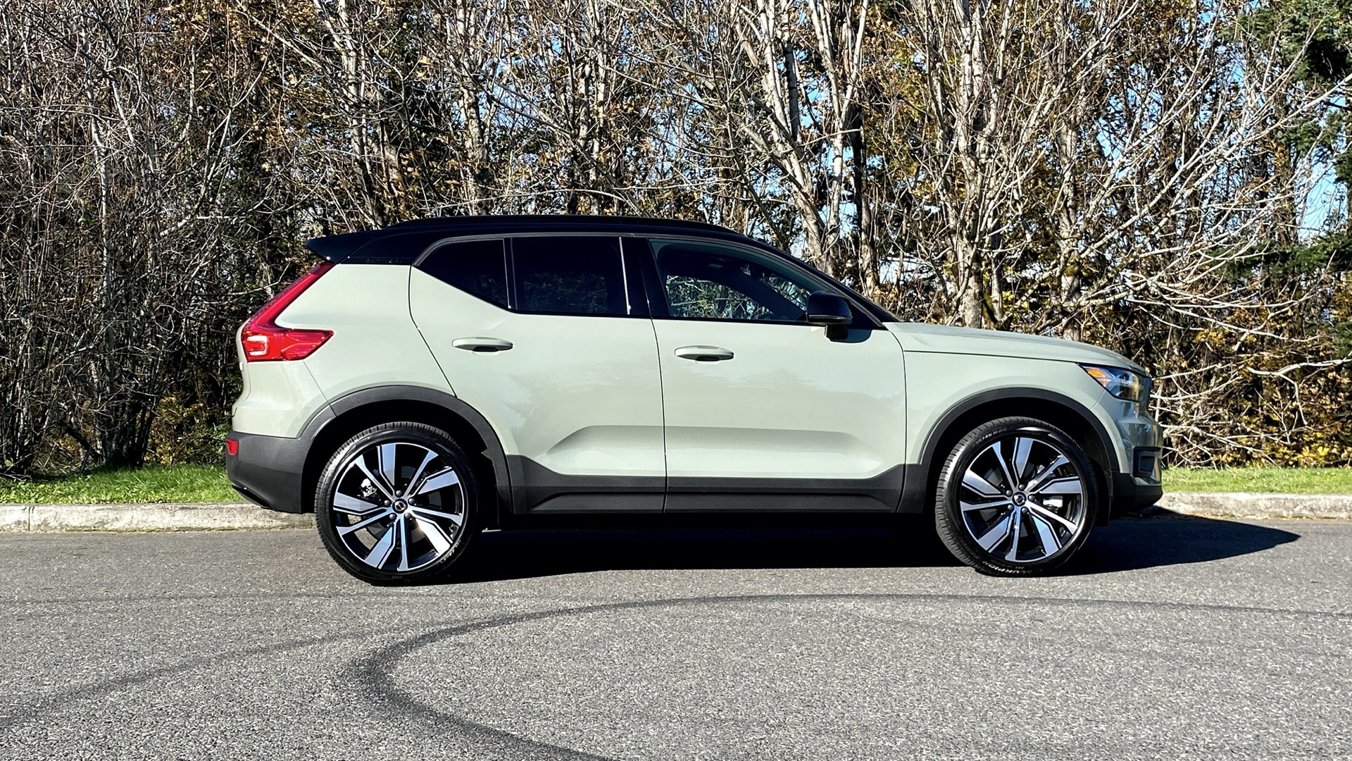 Preview drive: 2021 Volvo XC40 Recharge electric SUV doesn't complicate the future