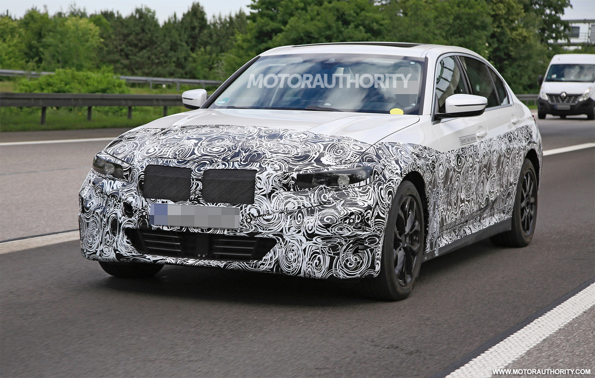 5 World News - 5 BMW 5-Series EV spy shots