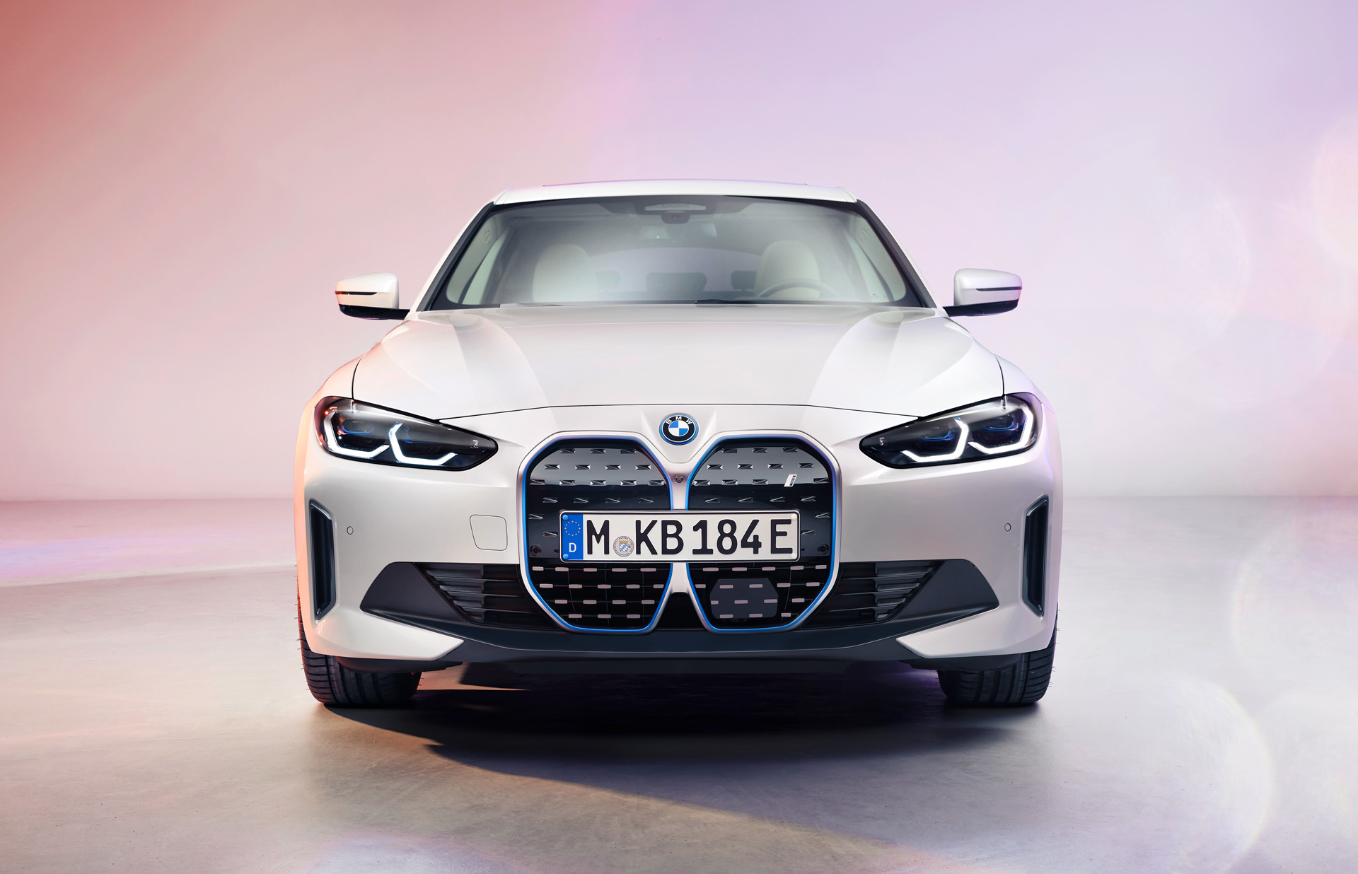 BMW solid-state battery plans: Prototype by 2025, production model by 2030
