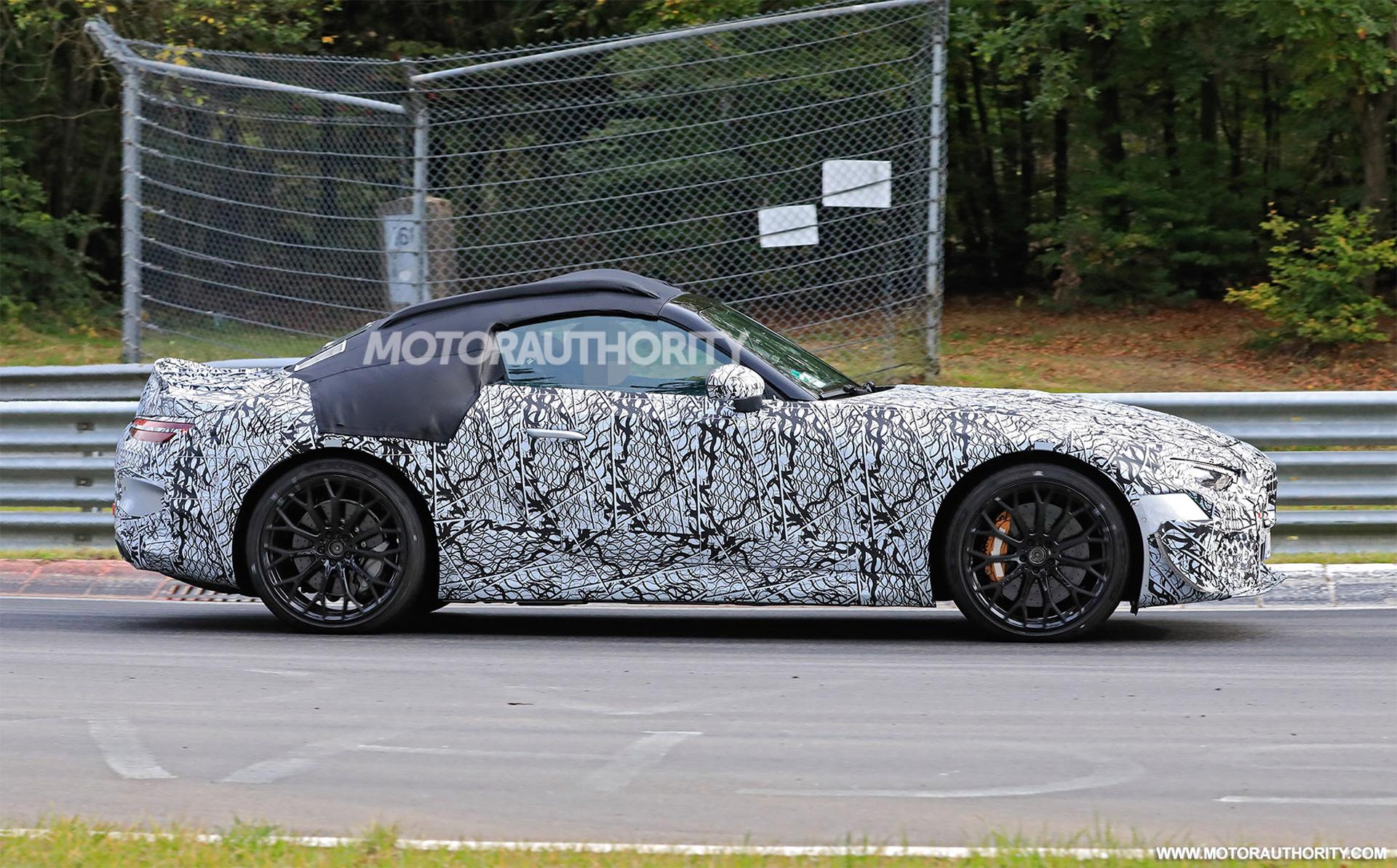 3 Dodge Charger, 3 Mercedes SL, MagneRide 3.3: Car News