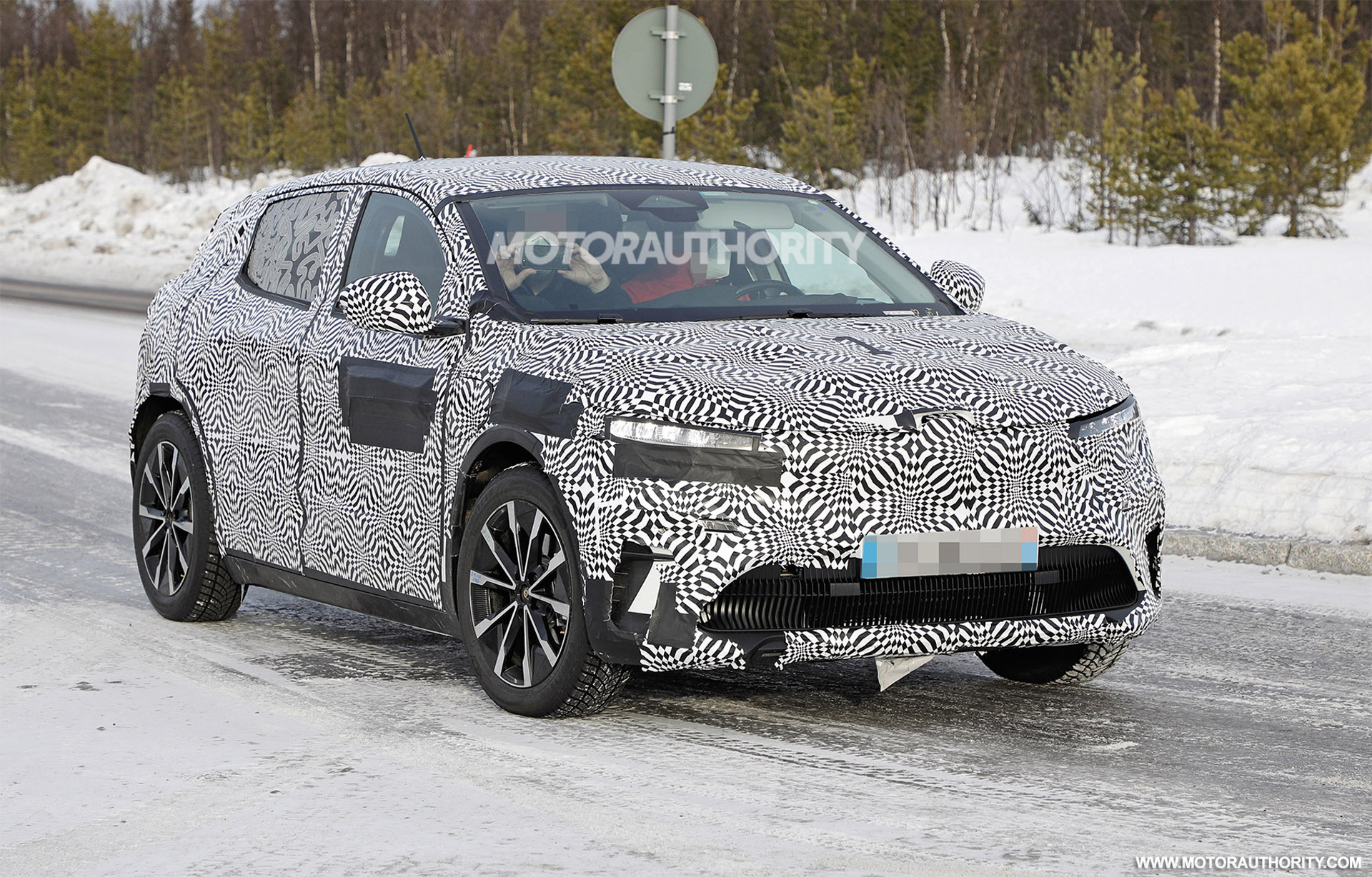 2022 Renault Megane E-Tech Electric spy shots: Nissan Ariya's French cousin due in 2022