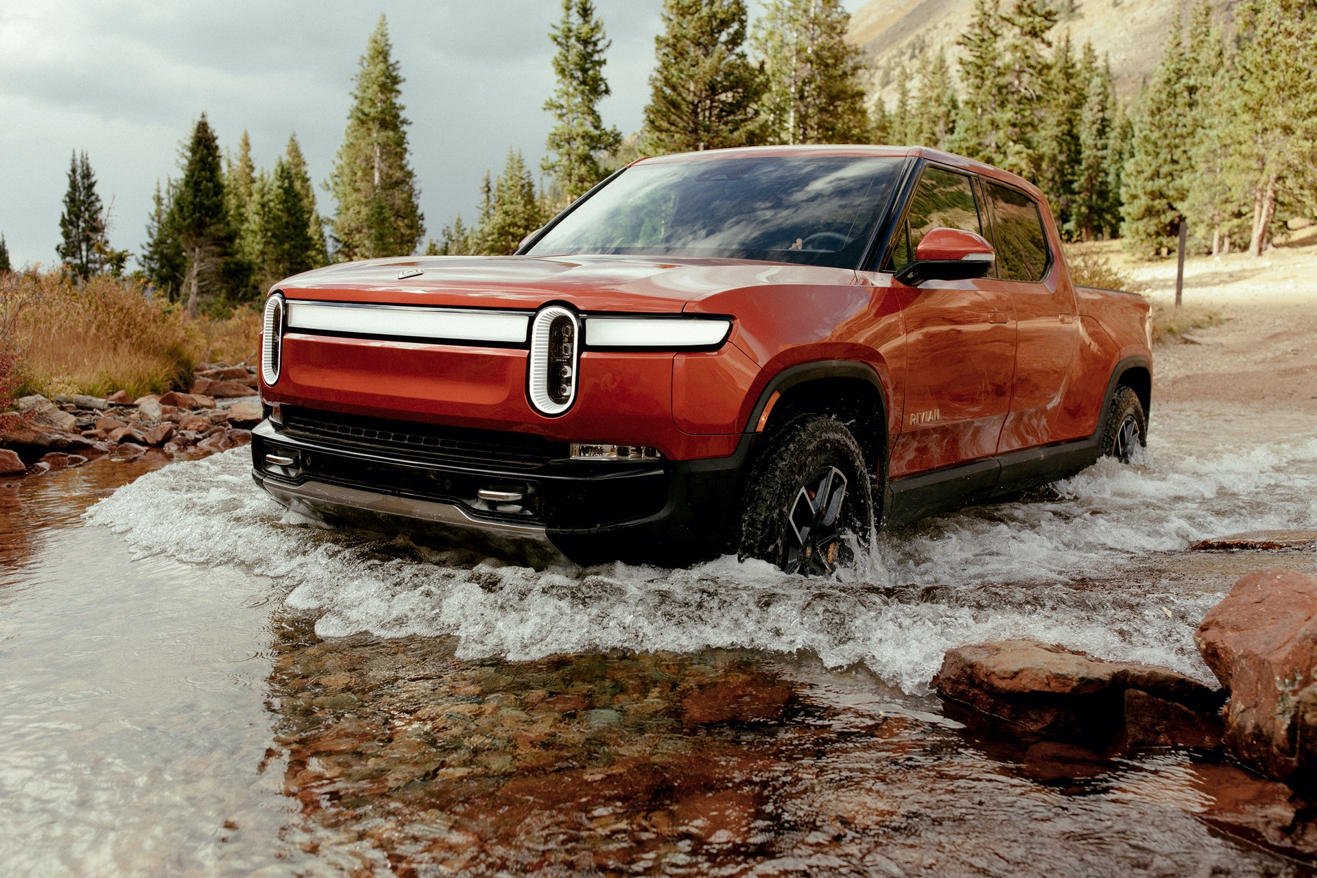First drive review: 2022 Rivian R1T electric pickup truck climbs to new heights of capability