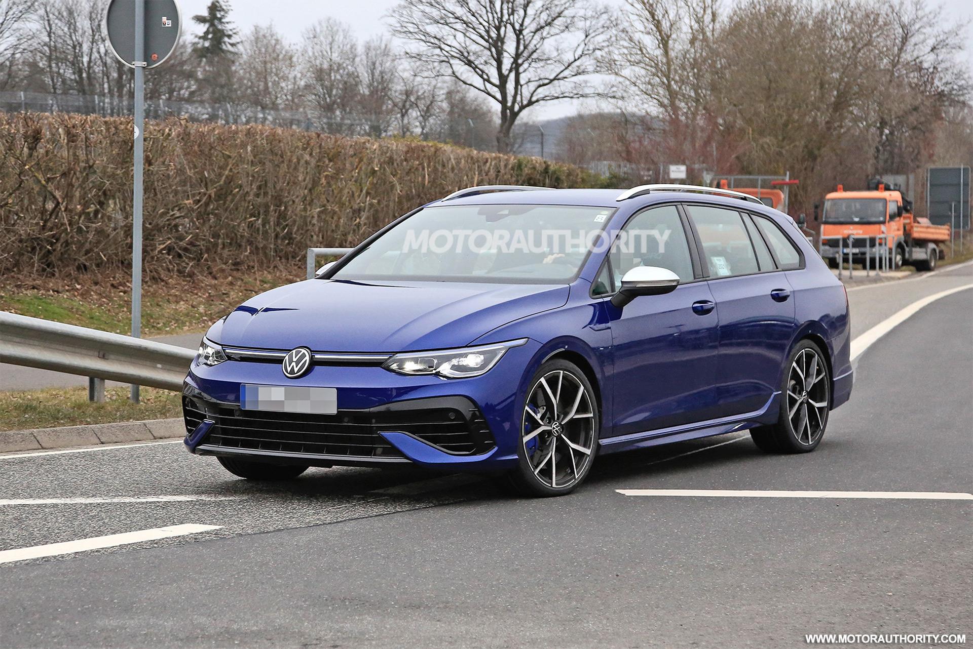 2022 Volkswagen Golf R Variant spy shots: Hot wagon to remain forbidden fruit
