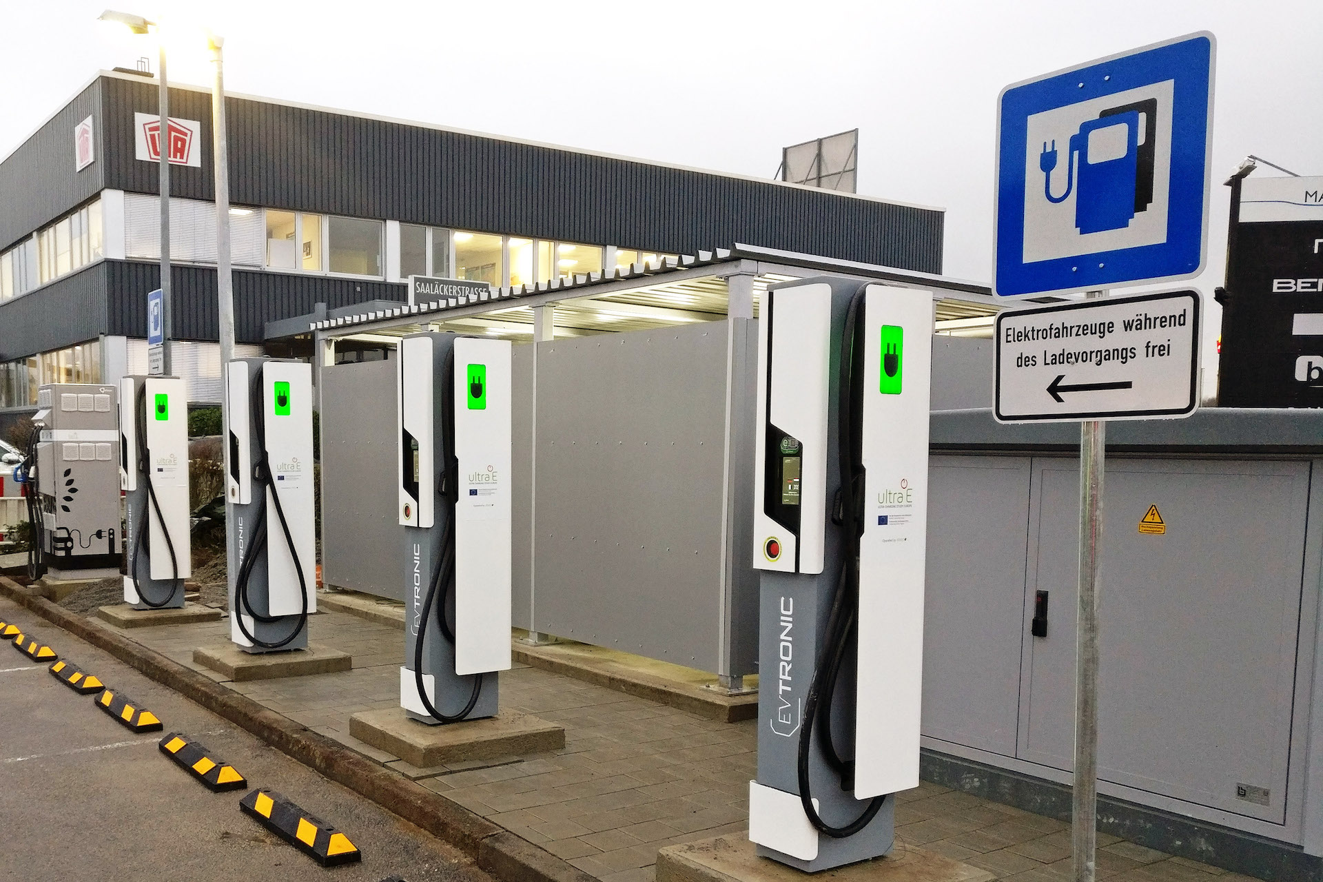 Electric Car Charging Stations Locations >> Europe Takes The Lead In Very Fast Electric Car Charging