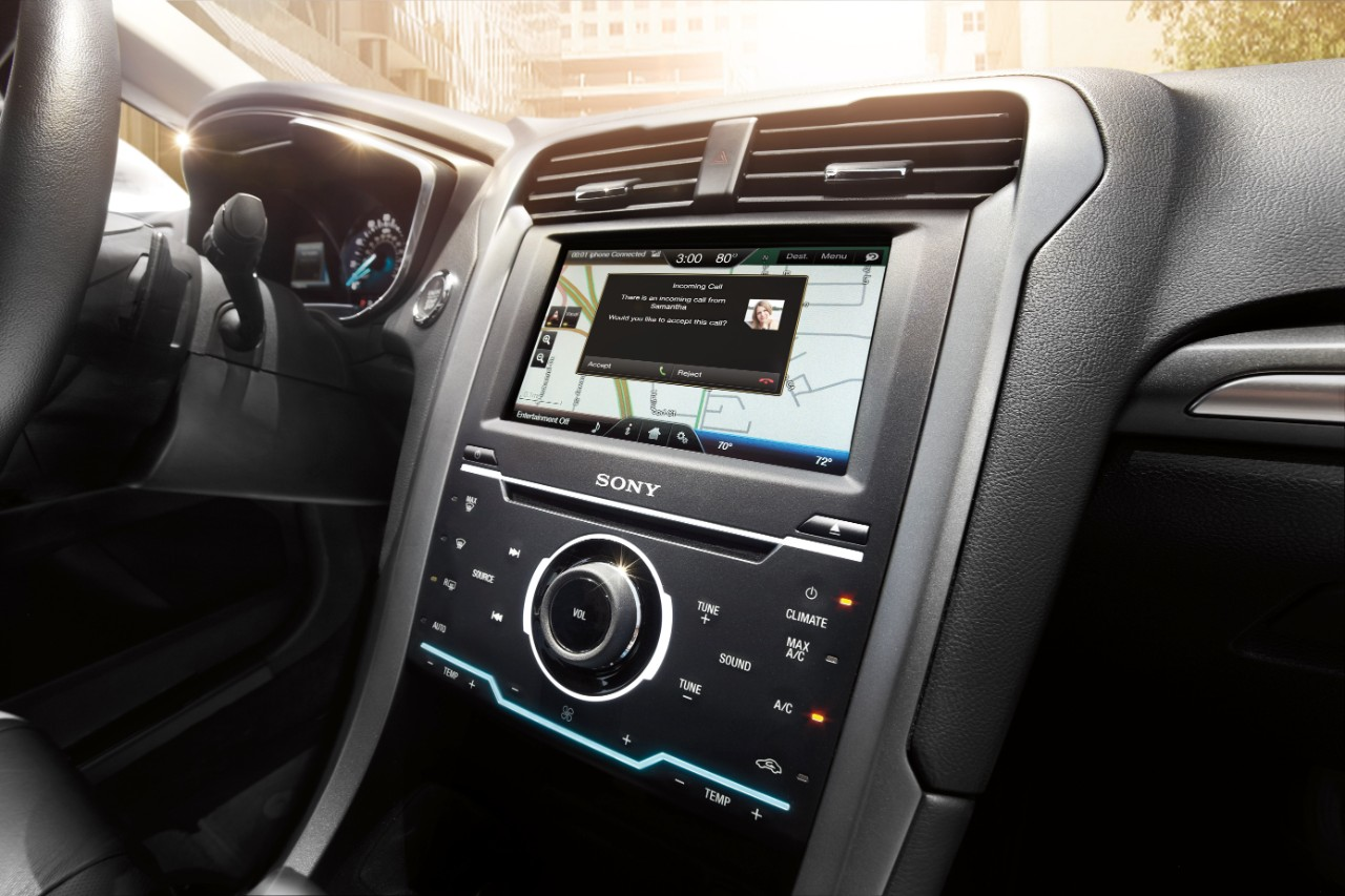 Ford Sync Iphone >> Ford Vehicles From 2011 2016 Get Siri Eyes Free In New Sync Update
