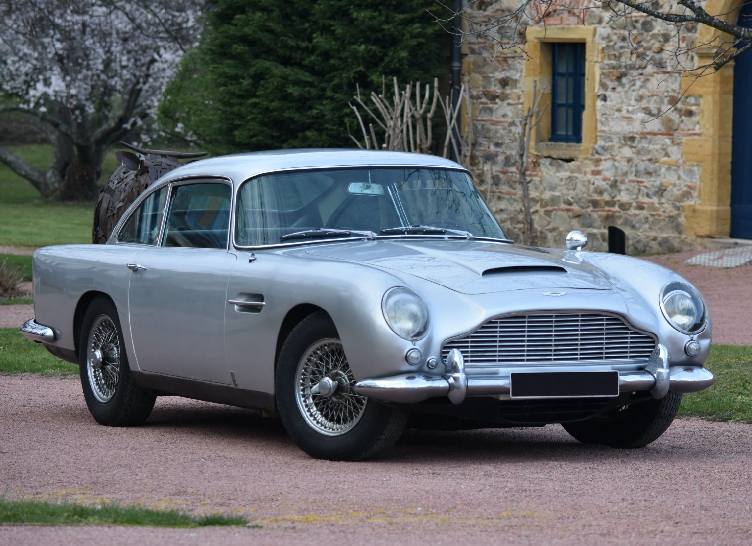 Aston Martin DB5 stored since 1980 wedding emerges for Monaco auction