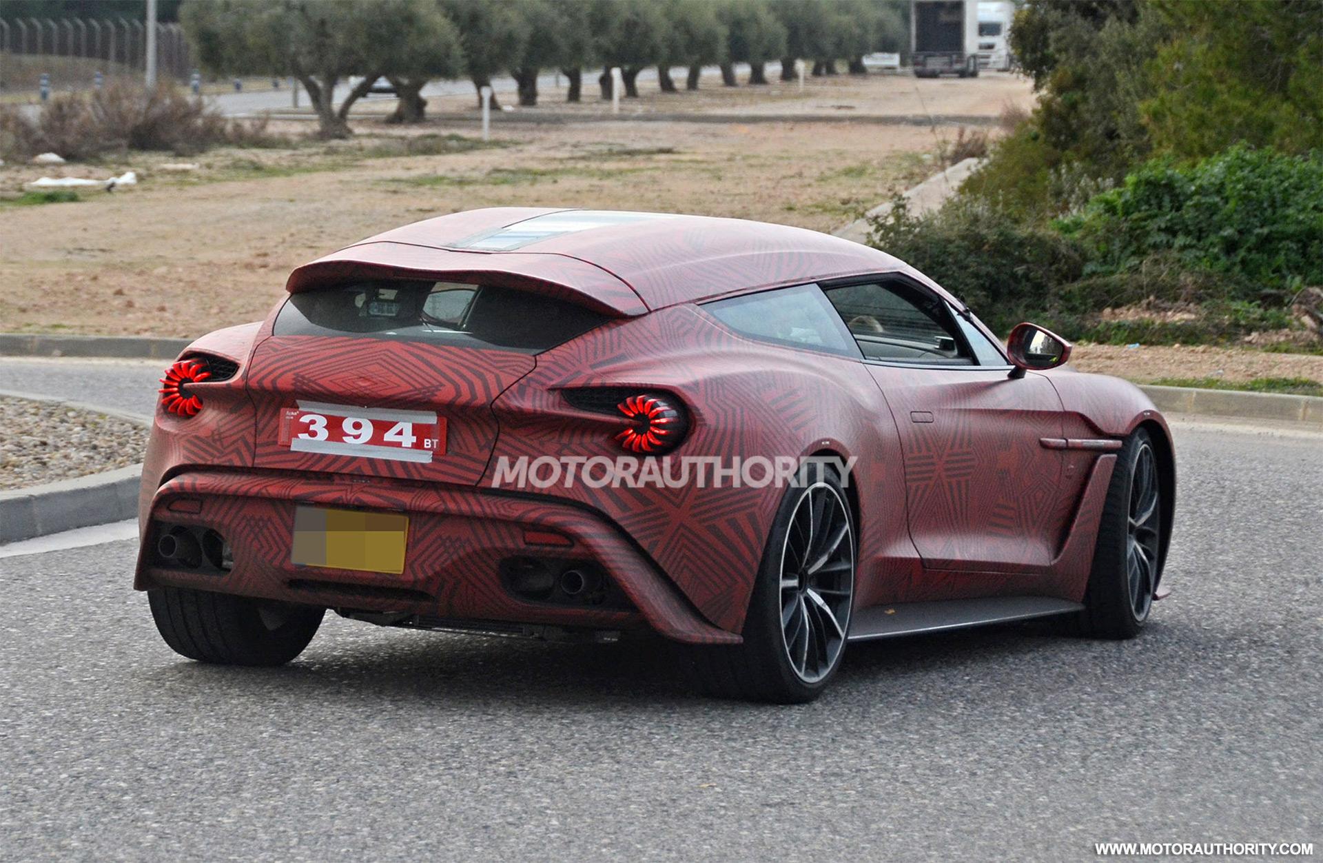 2012 - [Aston Martin] Vanquish [310] - Page 11 Aston-martin-vanquish-zagato-shooting-brake-spy-shots--image-via-s-baldauf-sb-medien_100684628_h