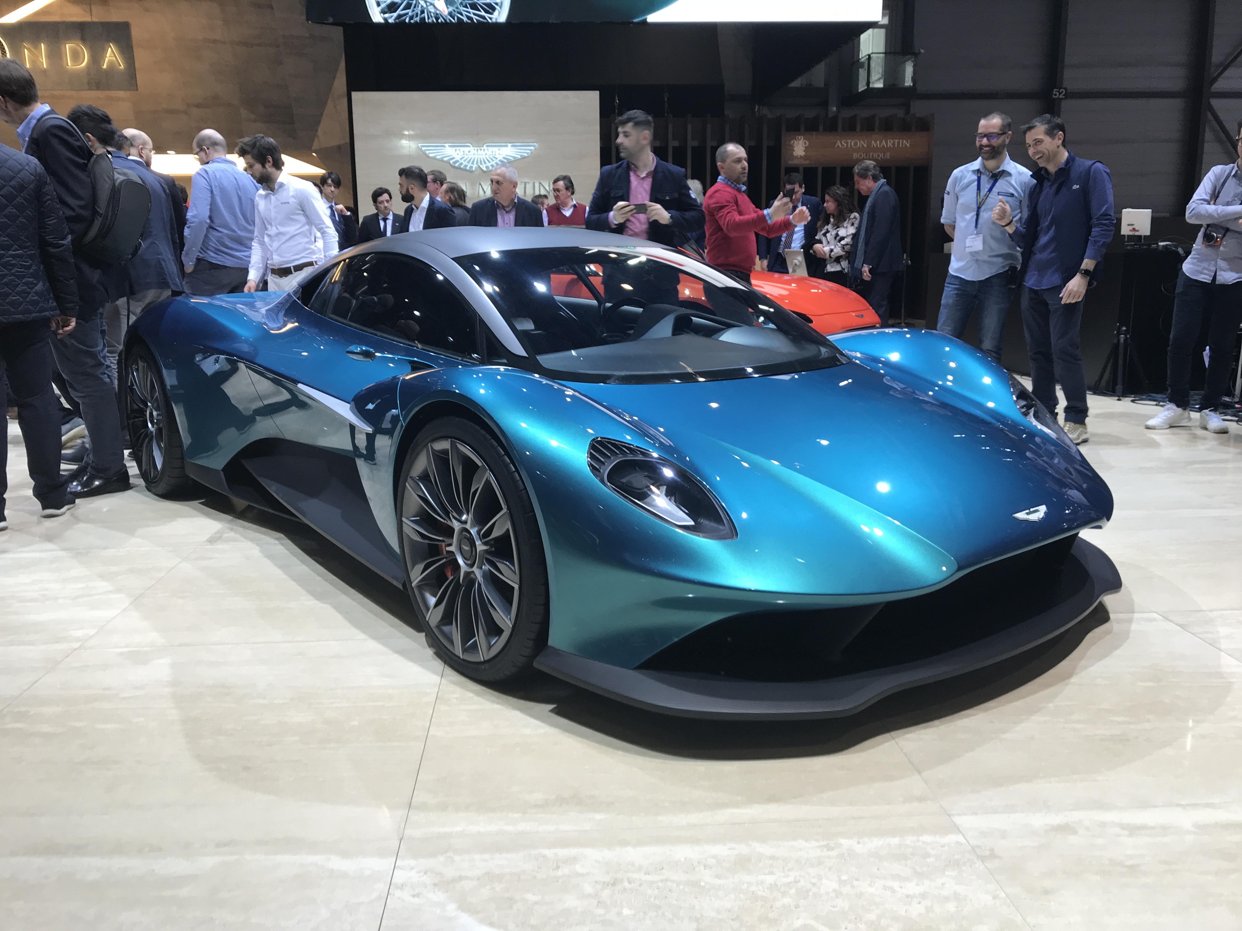 New Aston Martin >> Aston Martin Vanquish Vision Concept Takes Nameplate To New Mid