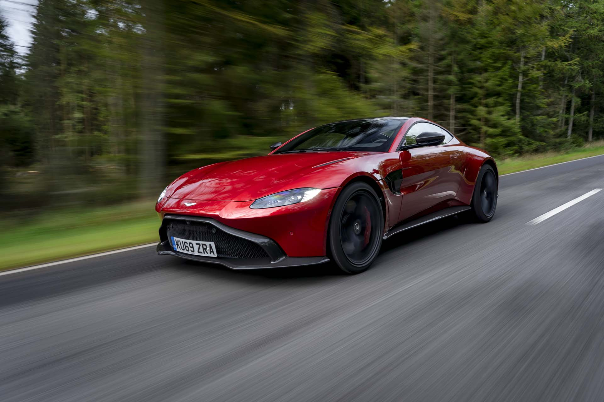 First Drive Review 2020 Aston Martin Vantage Amr S Manual Transmission Grows On You