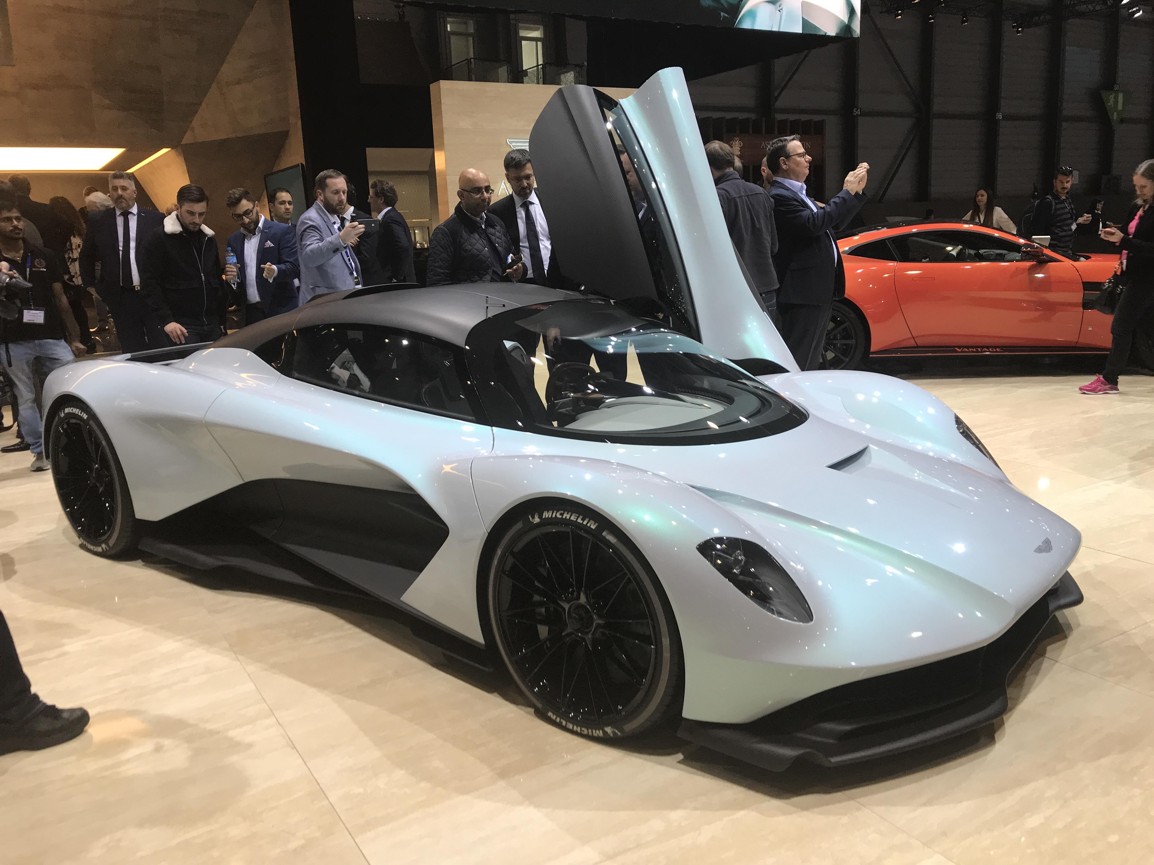 Aston Martin Am Rb 003 Hypercar Debuts With V 6 Power Shape