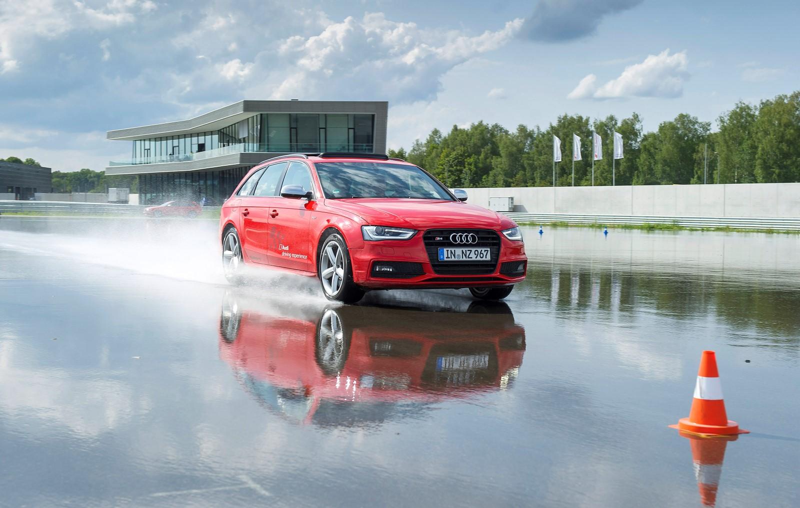 Kelebihan Kekurangan Audi Driving Experience Harga