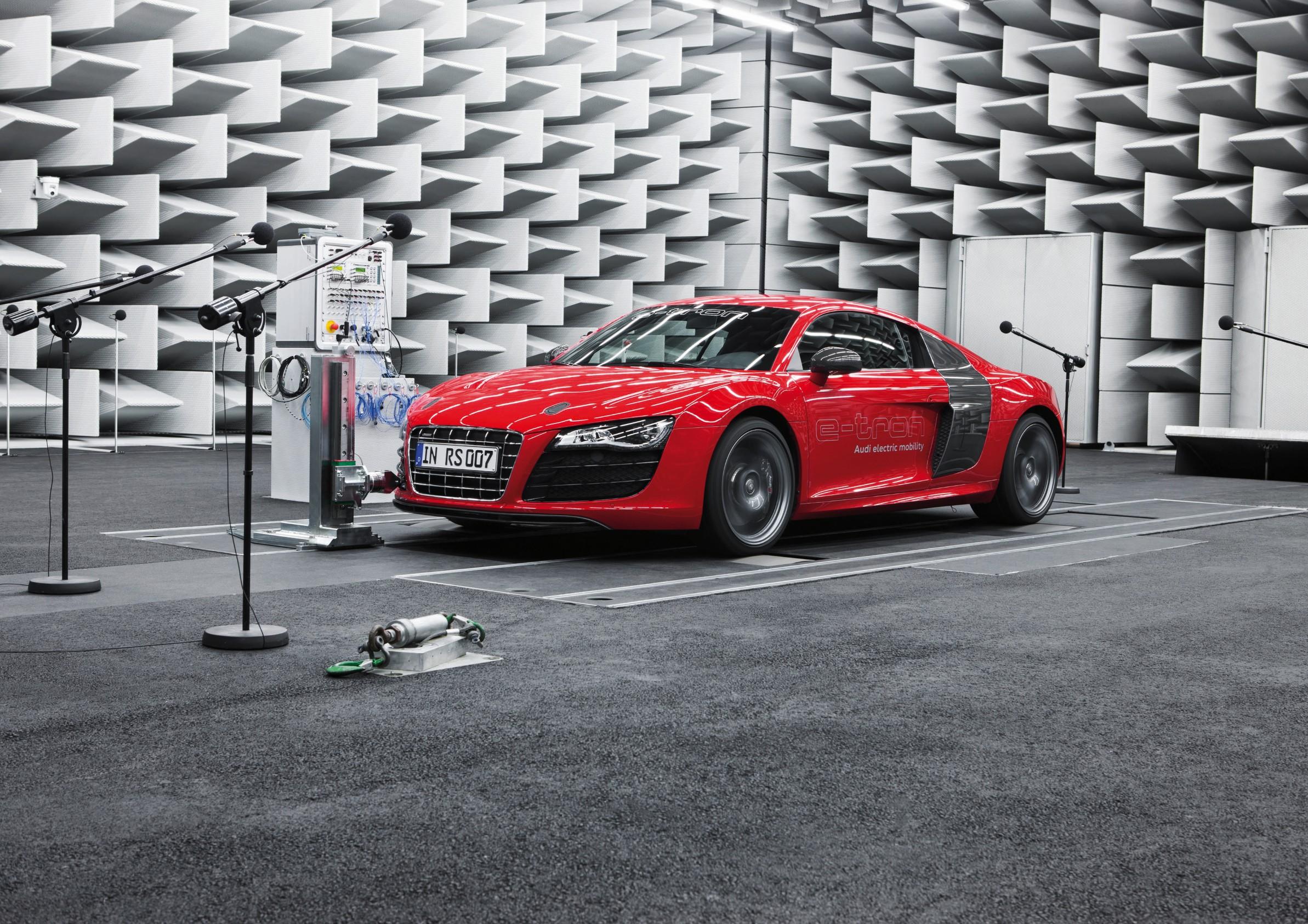 A Peek At Audis E Tron E Sound Electric Car Sound System Video